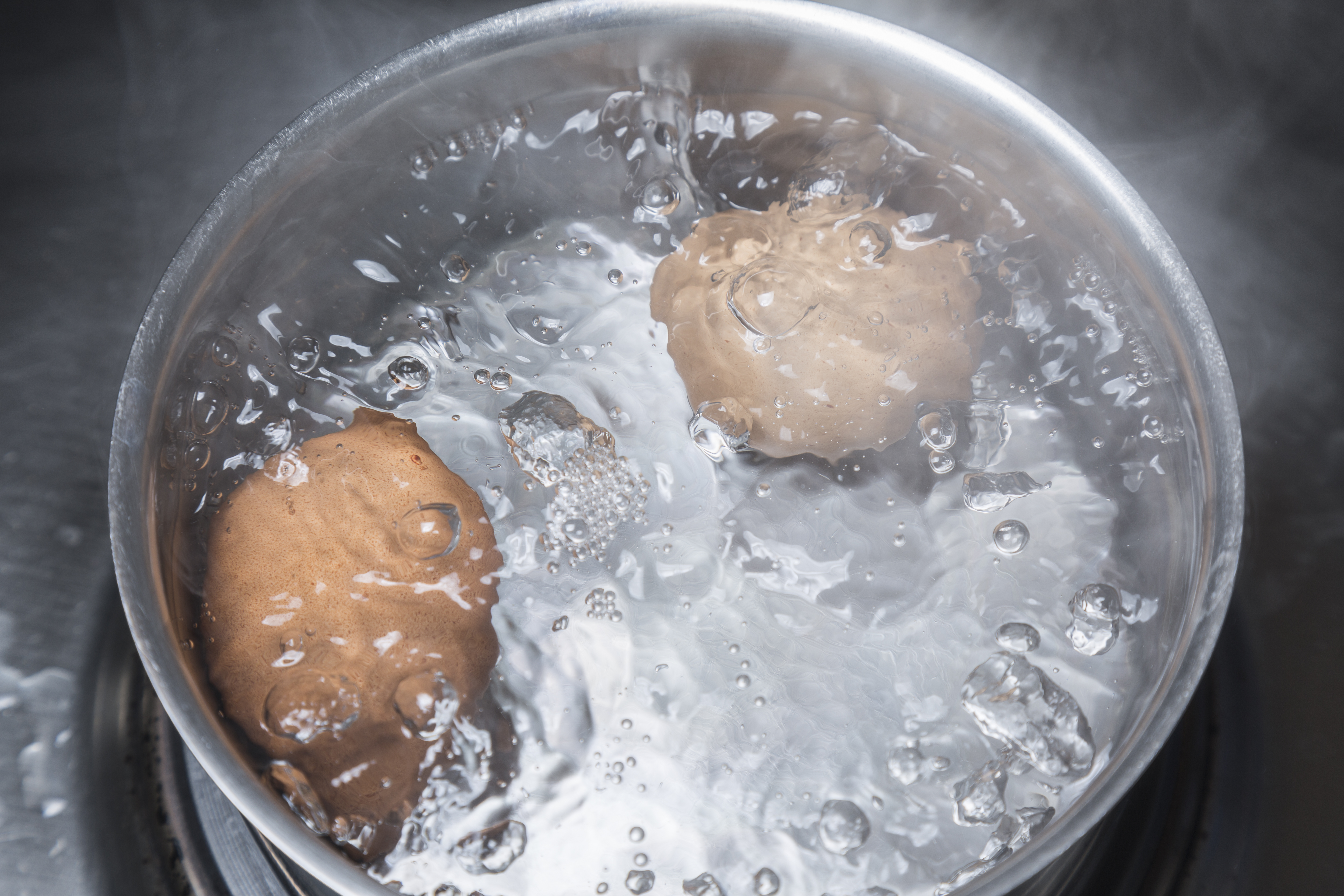 adding salt to water increases boiling point