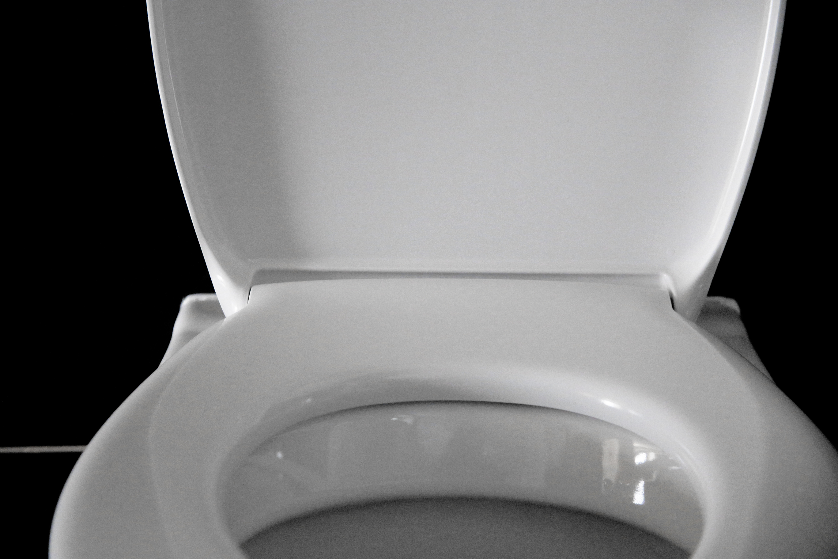 How to Control How Much Water Fills in a Toilet Bowl   Home