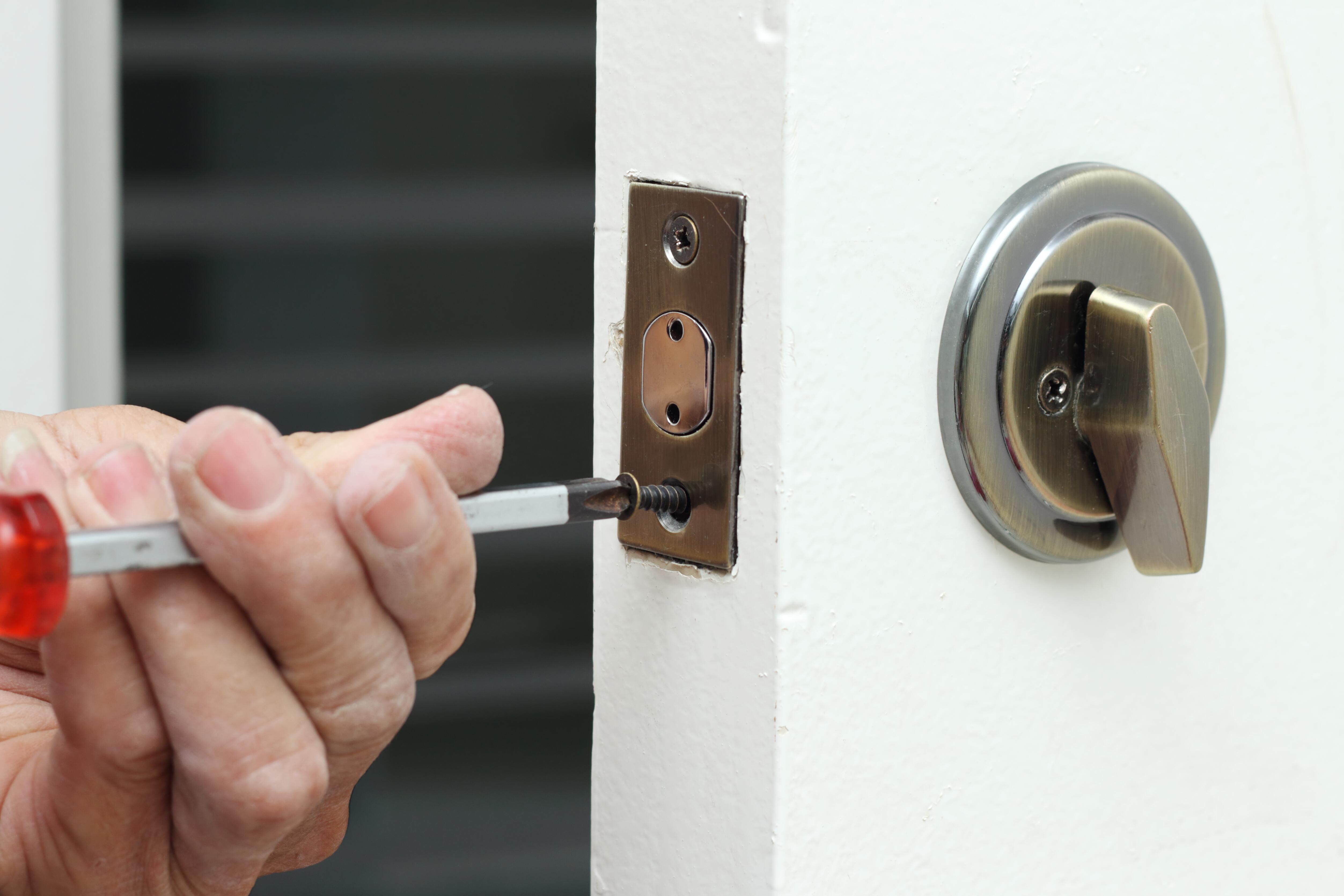 Different Ways to Unlock Deadbolt Locks | Hunker