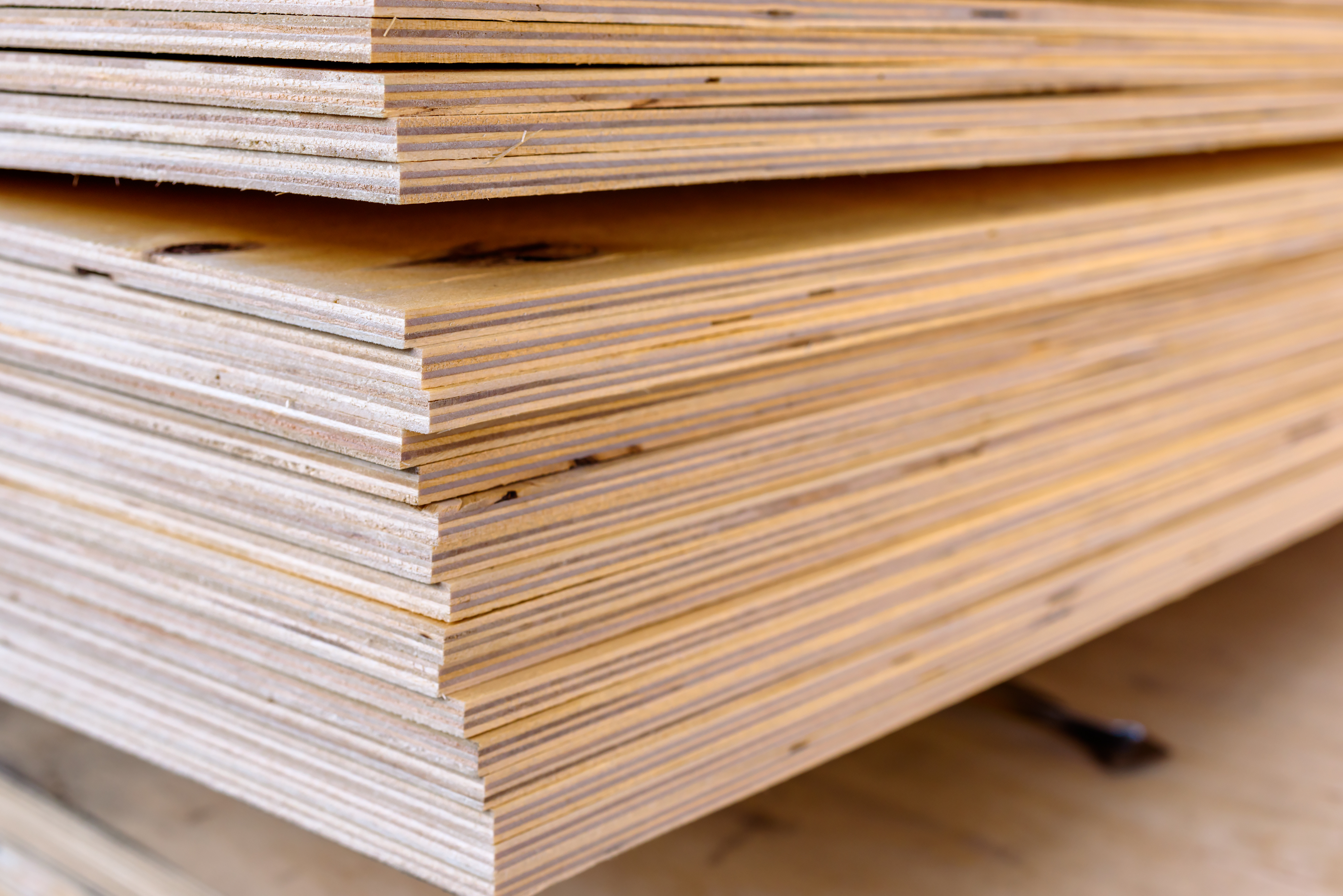 Which Is Heavier Plywood Particle Board Or Solid Wood
