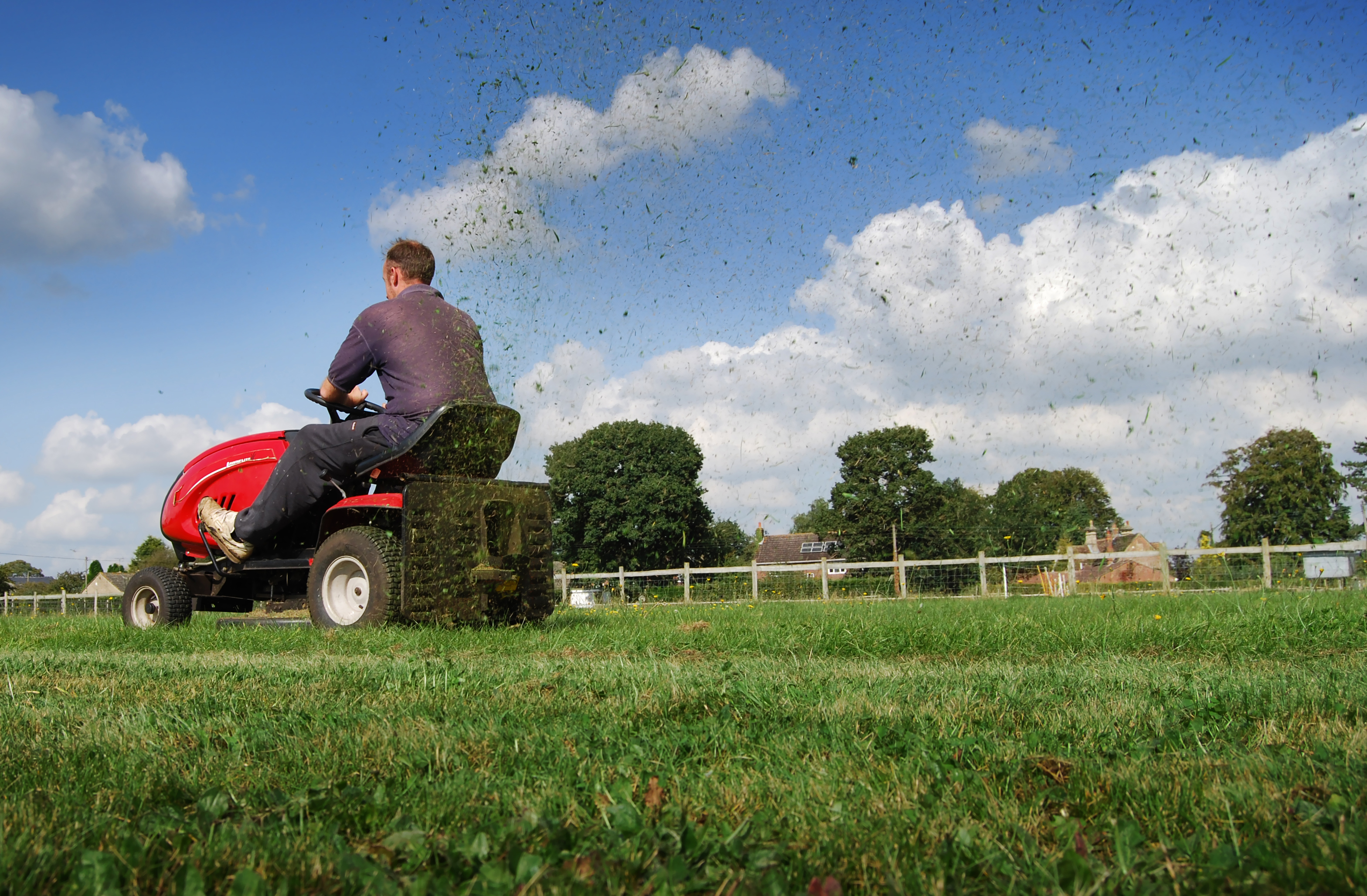 How to Make a Riding Lawnmower Go Faster | Hunker