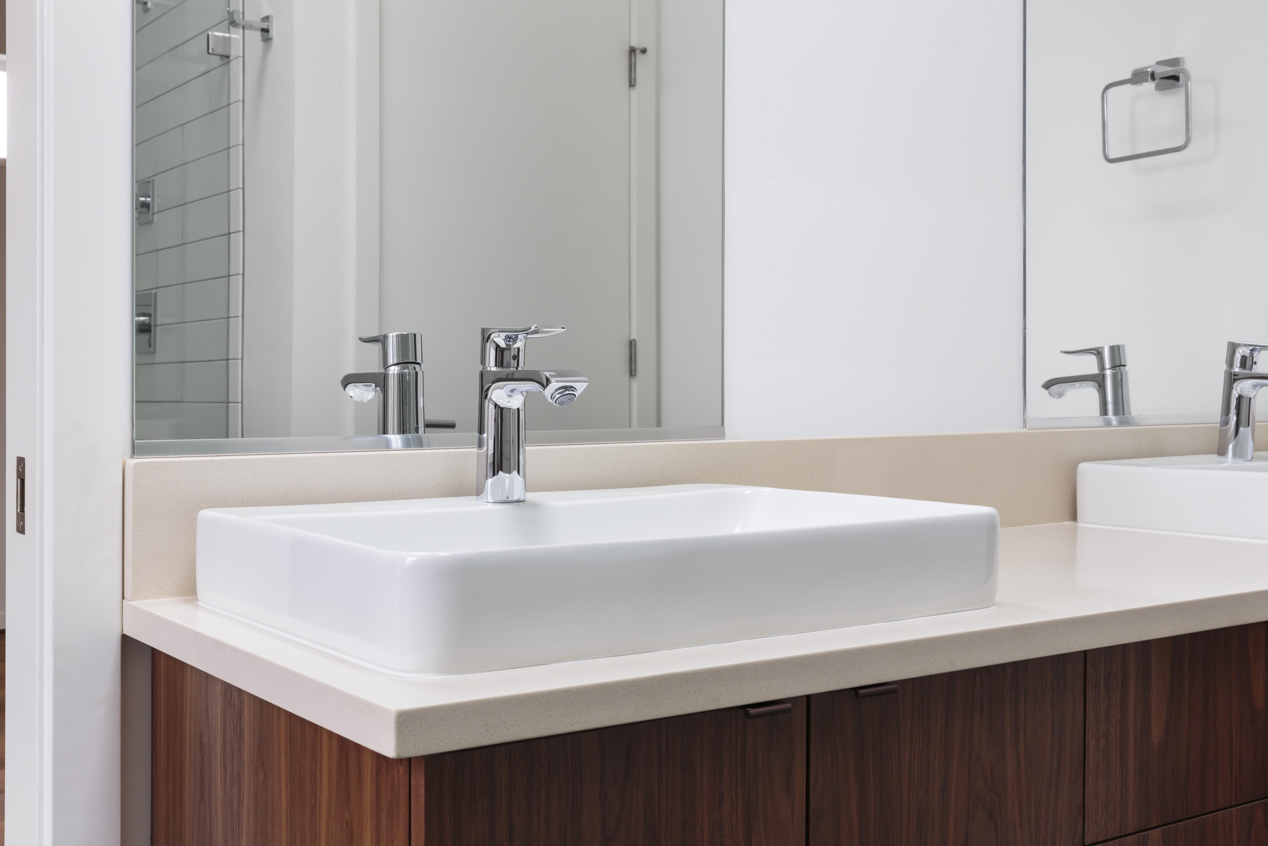 How To Choose A Bathroom Mirror Size Home Guides Sf Gate