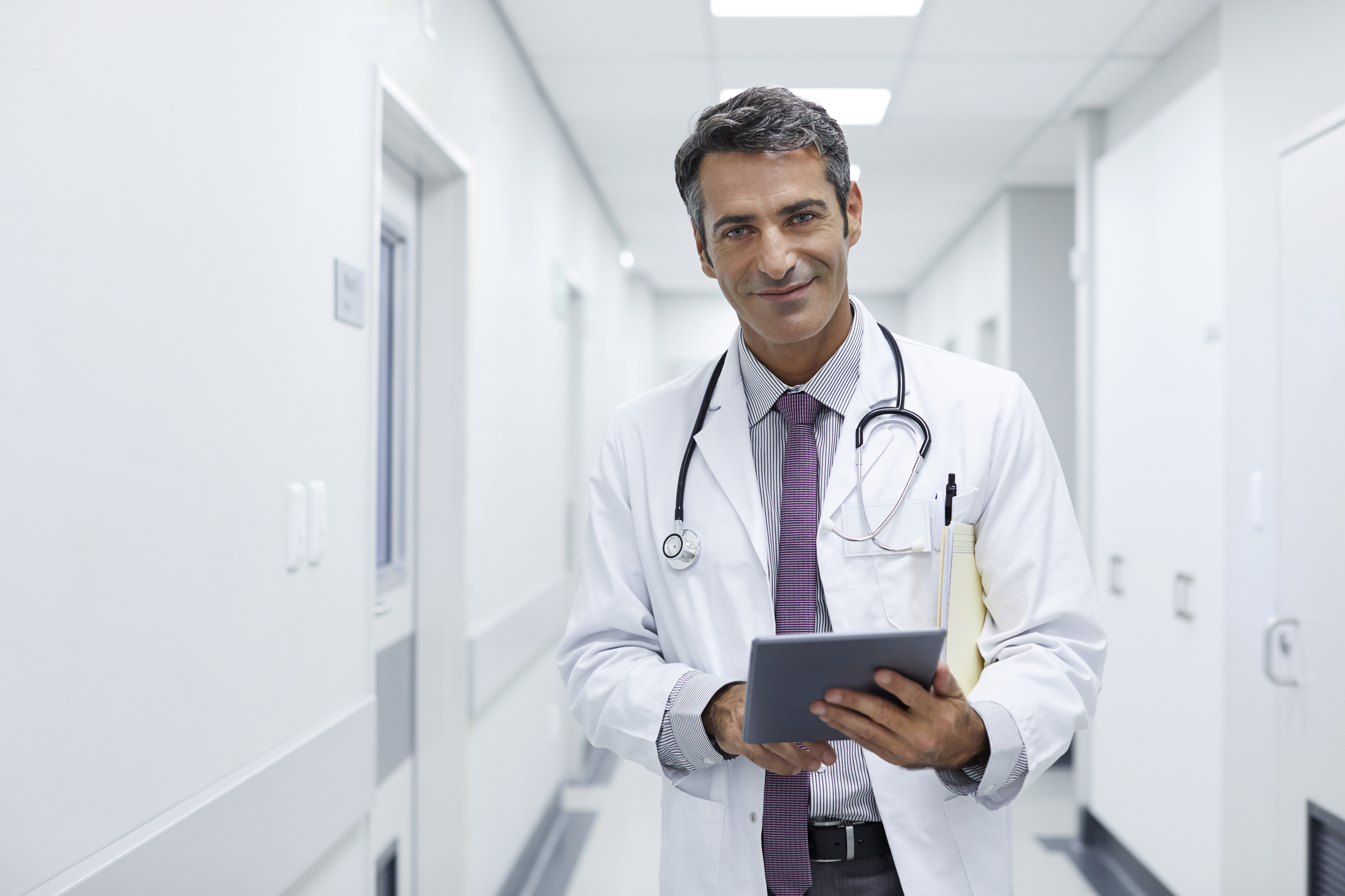 The Average Length of Doctors' Careers | Chron com