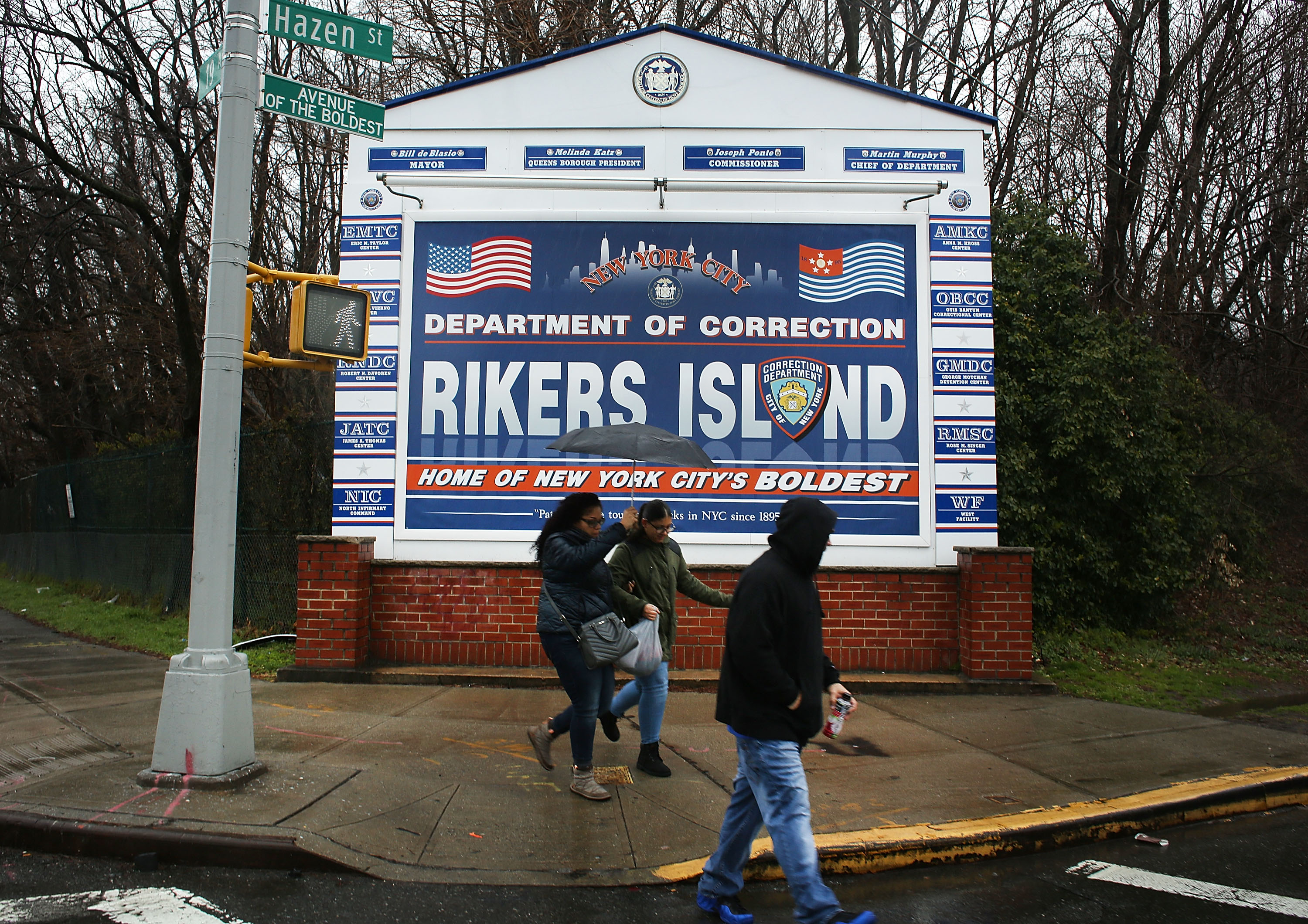 How to Get to Rikers Island | 10Best