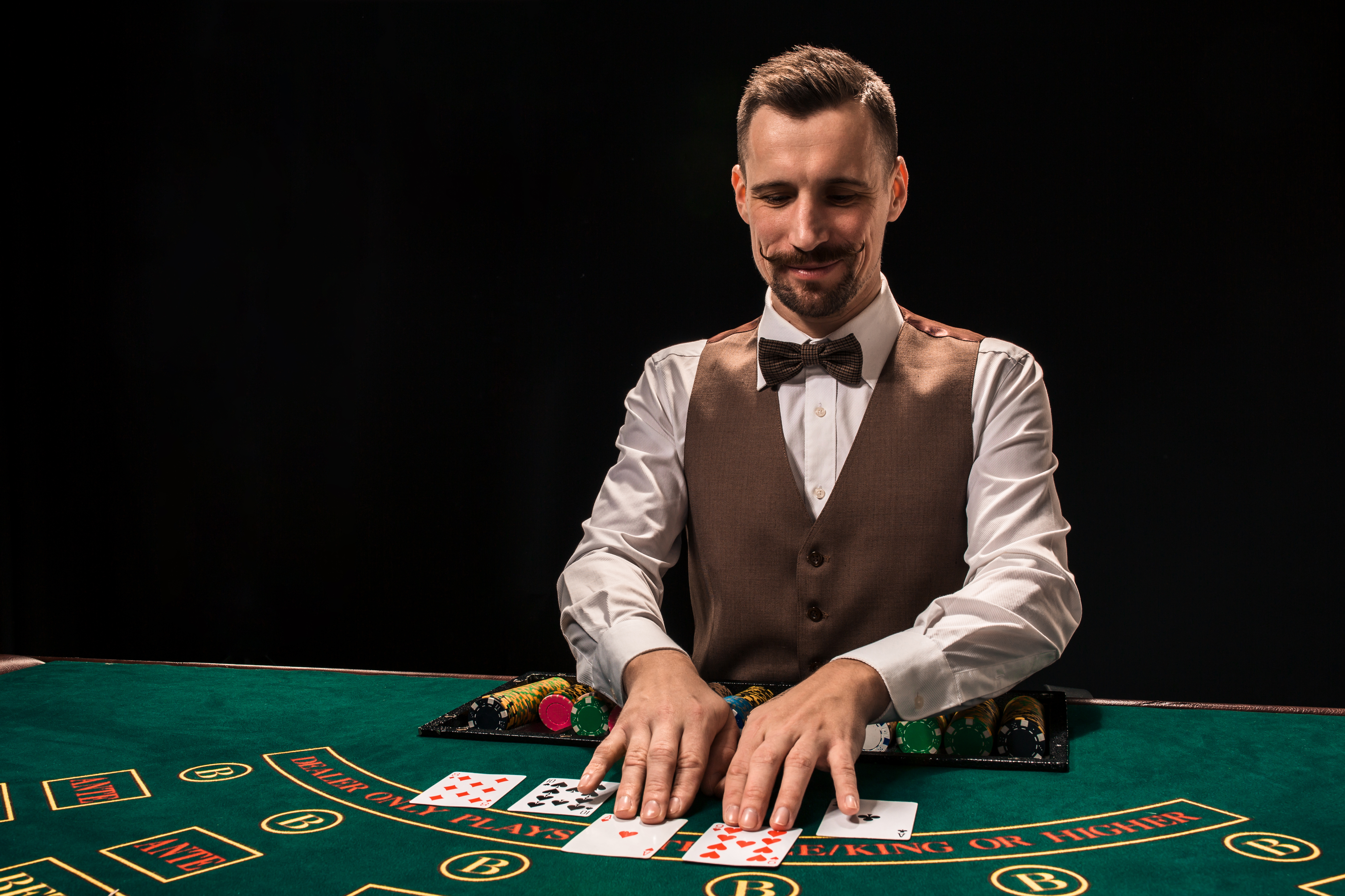 Casinos hiring poker dealers bonus casino code deposit no