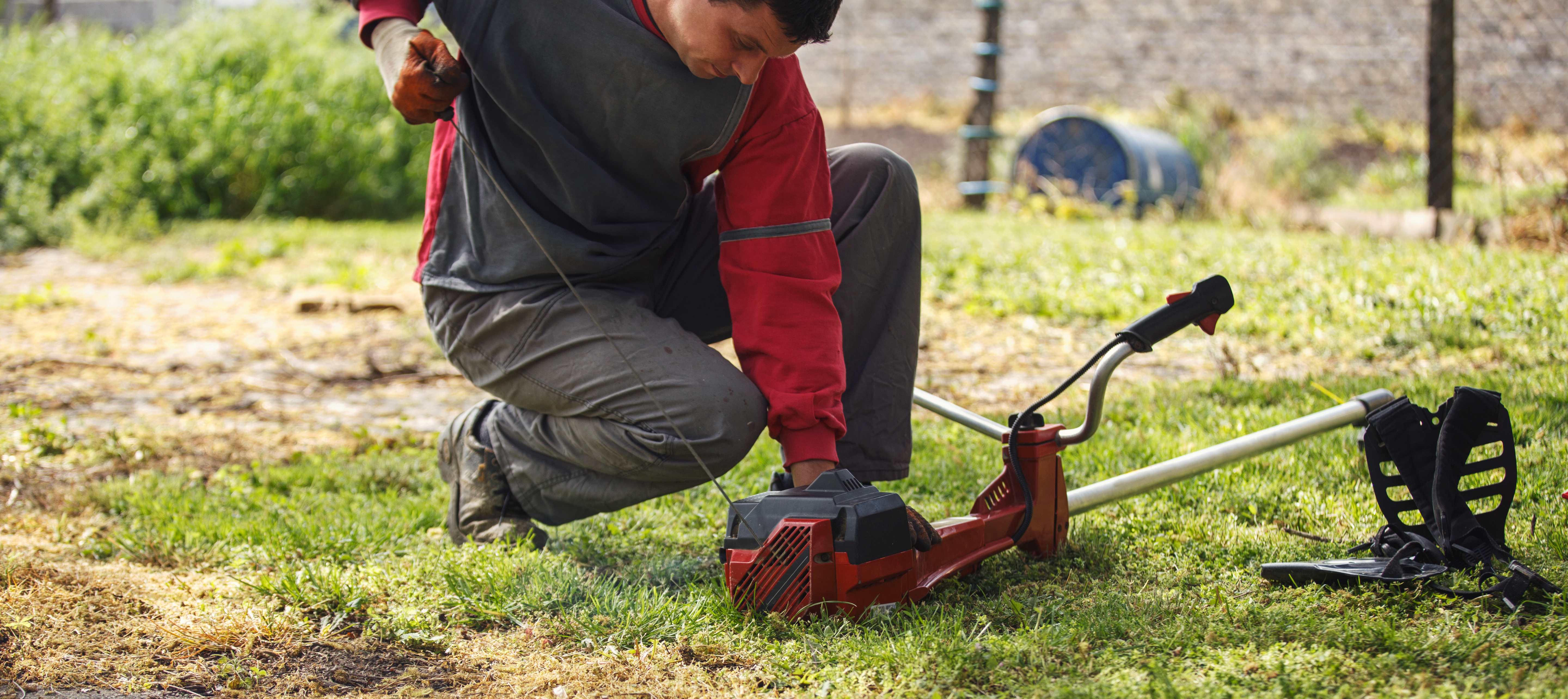 How to Replace Lines in Ryobi String Trimmers | Home Guides