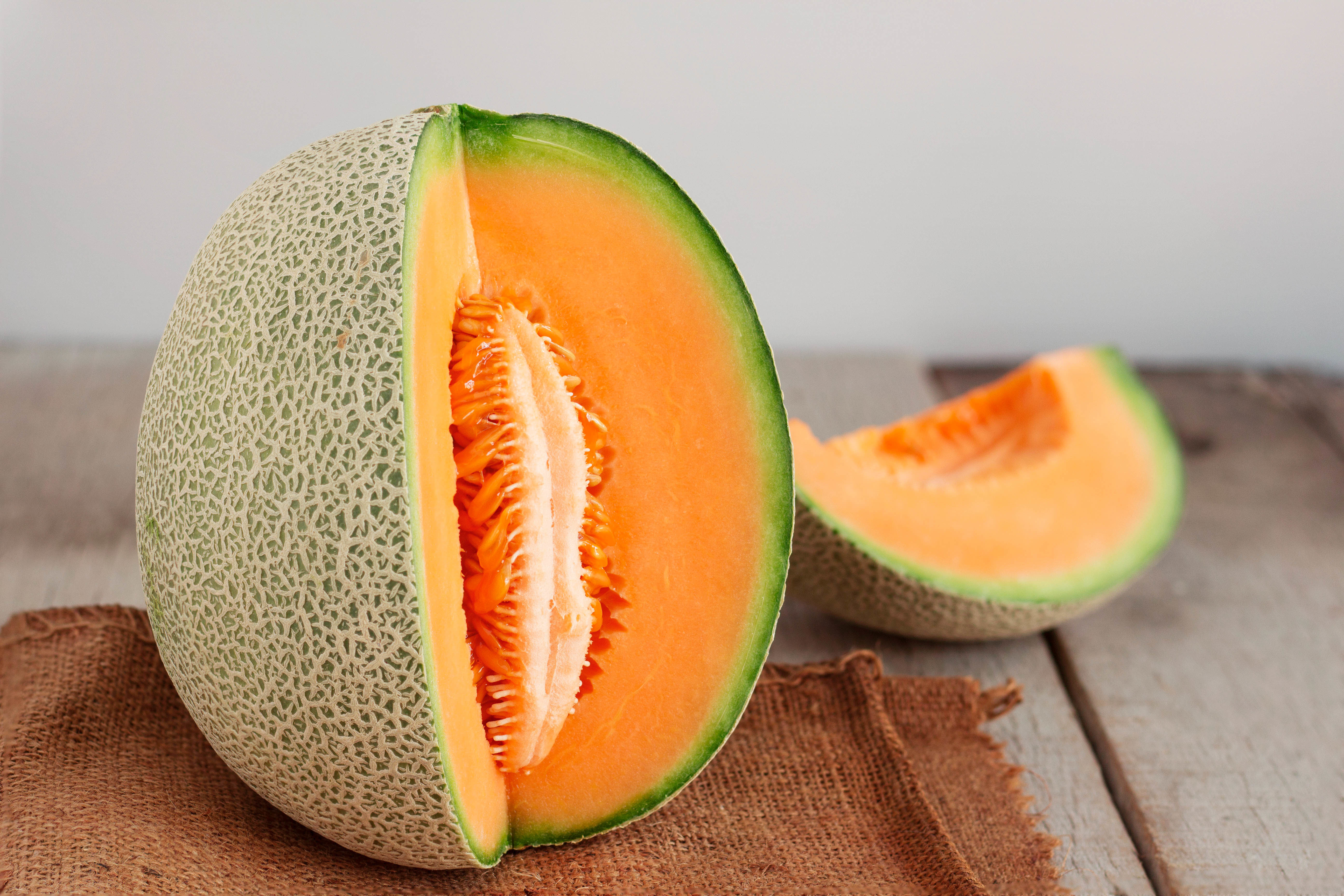 How To Prepare Fresh Cantaloupe Seeds For Planting In fact, among the melon variety, it seems the cantaloupe enjoys a popularity unshared by the rest of its. https homeguides sfgate com prepare fresh cantaloupe seeds planting 22296 html