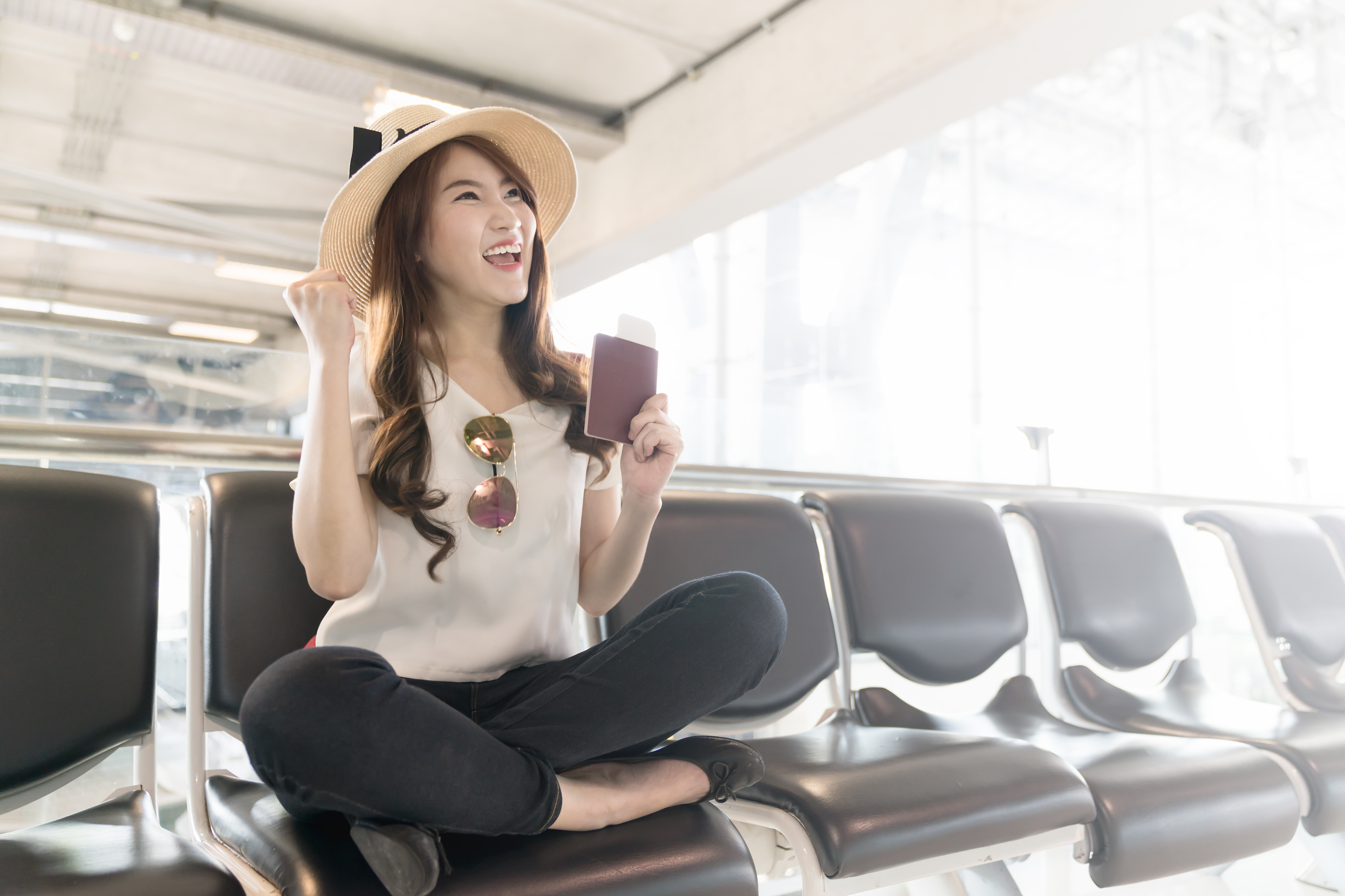 What Is the Cheapest Day to Fly? | 10Best