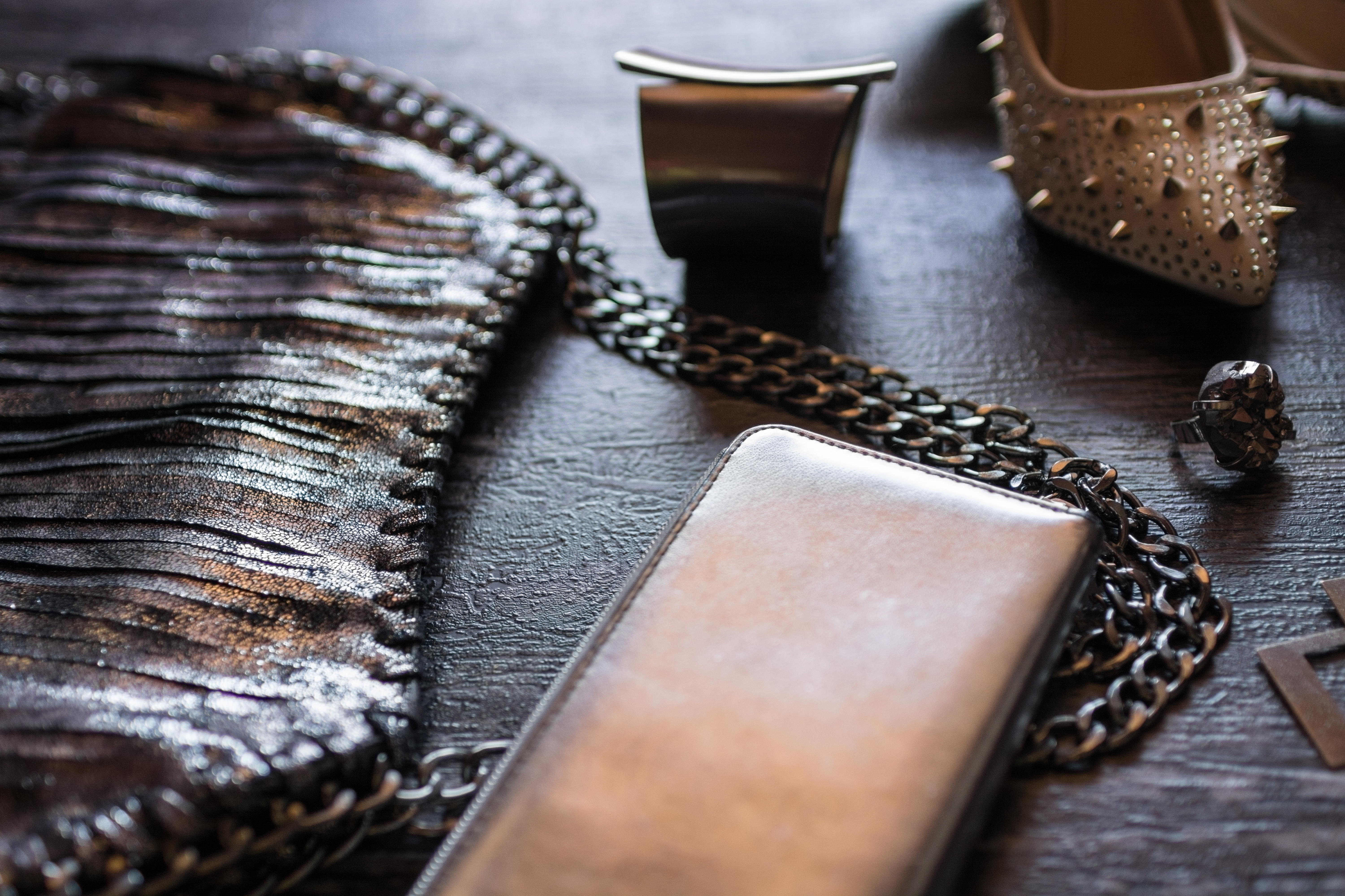How to Fix Magnetic Purse Closures   LEAFtv