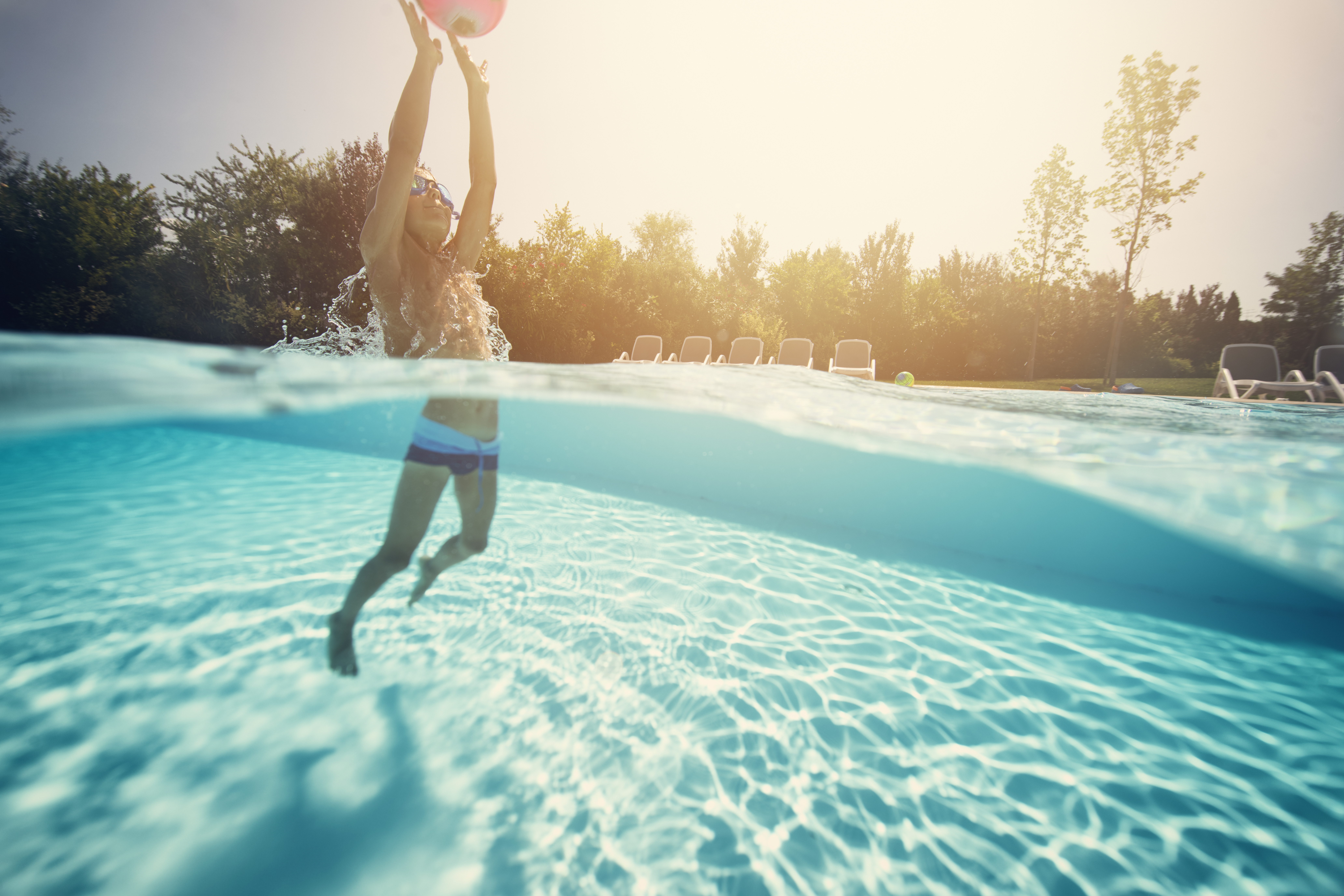 How Long Does It Take to Fill a 5,000-Gallon Pool?   Home Guides ...