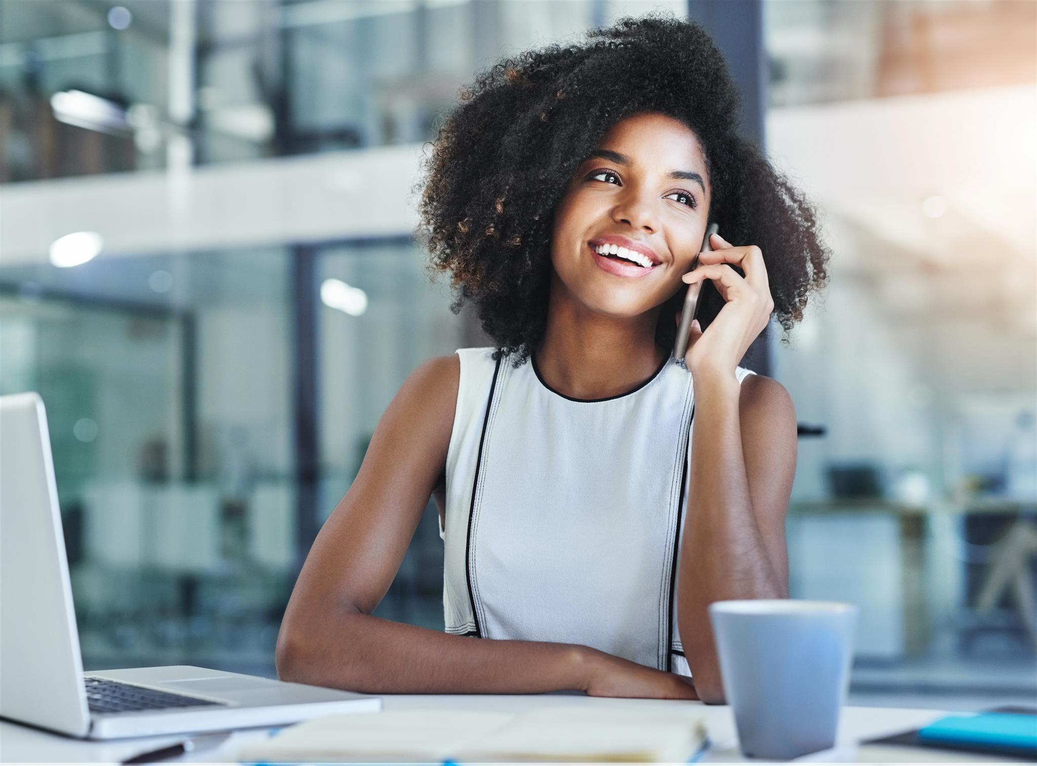 Advantages & Disadvantages of Call Forwarding | Bizfluent