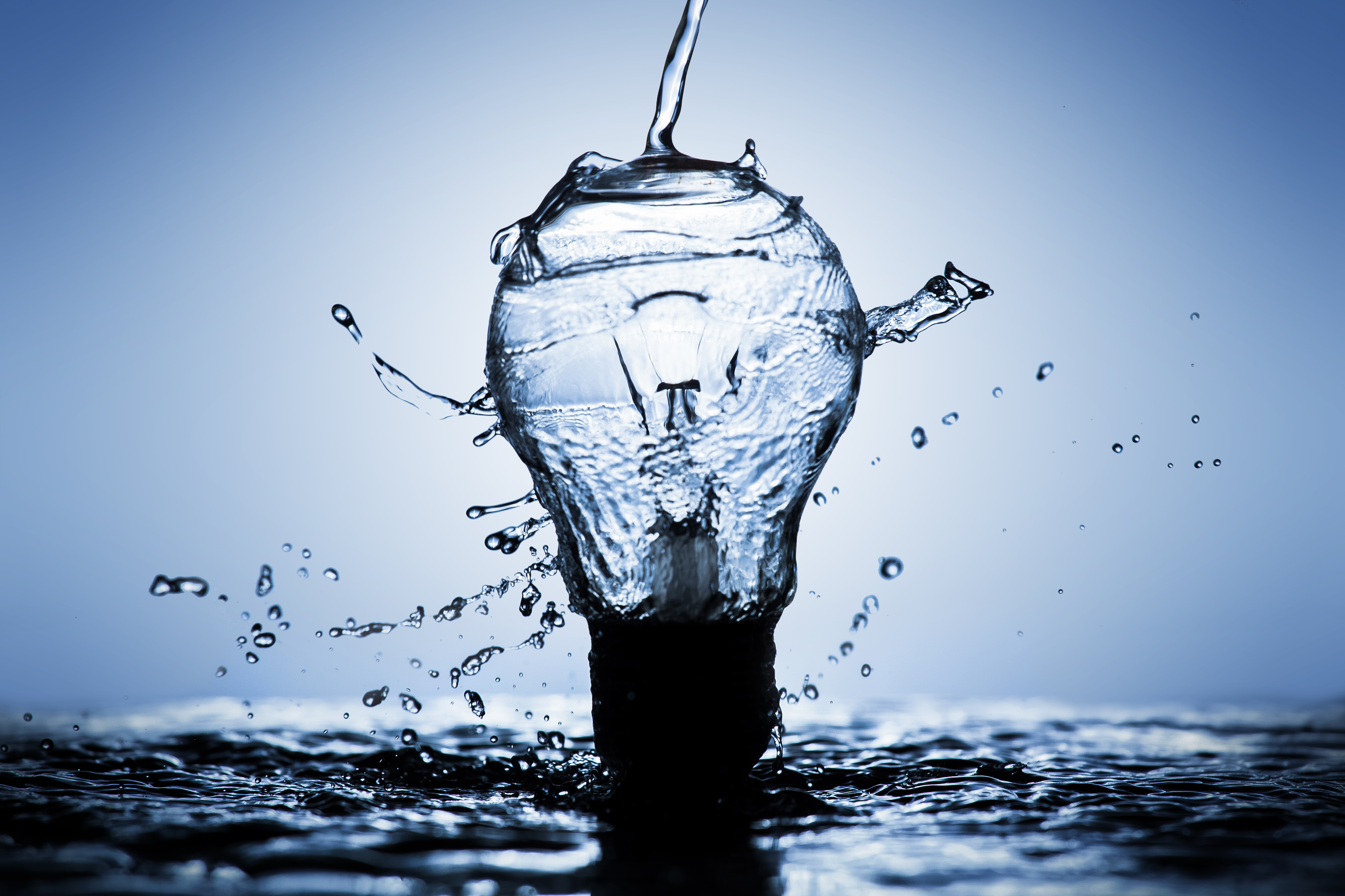 What Happens If Electricity Hits Water?