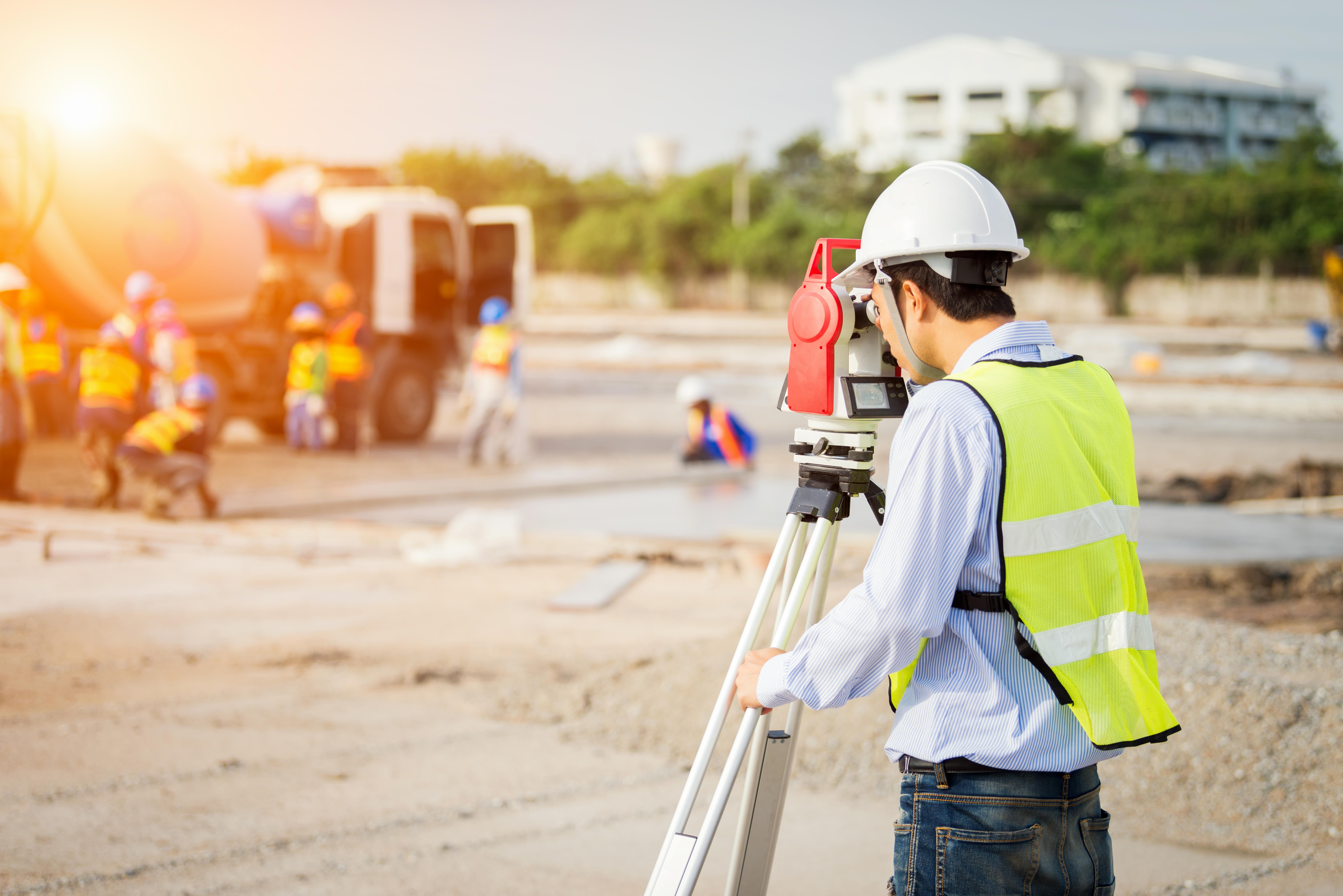 How Does a Surveyor Use Math? | Career Trend