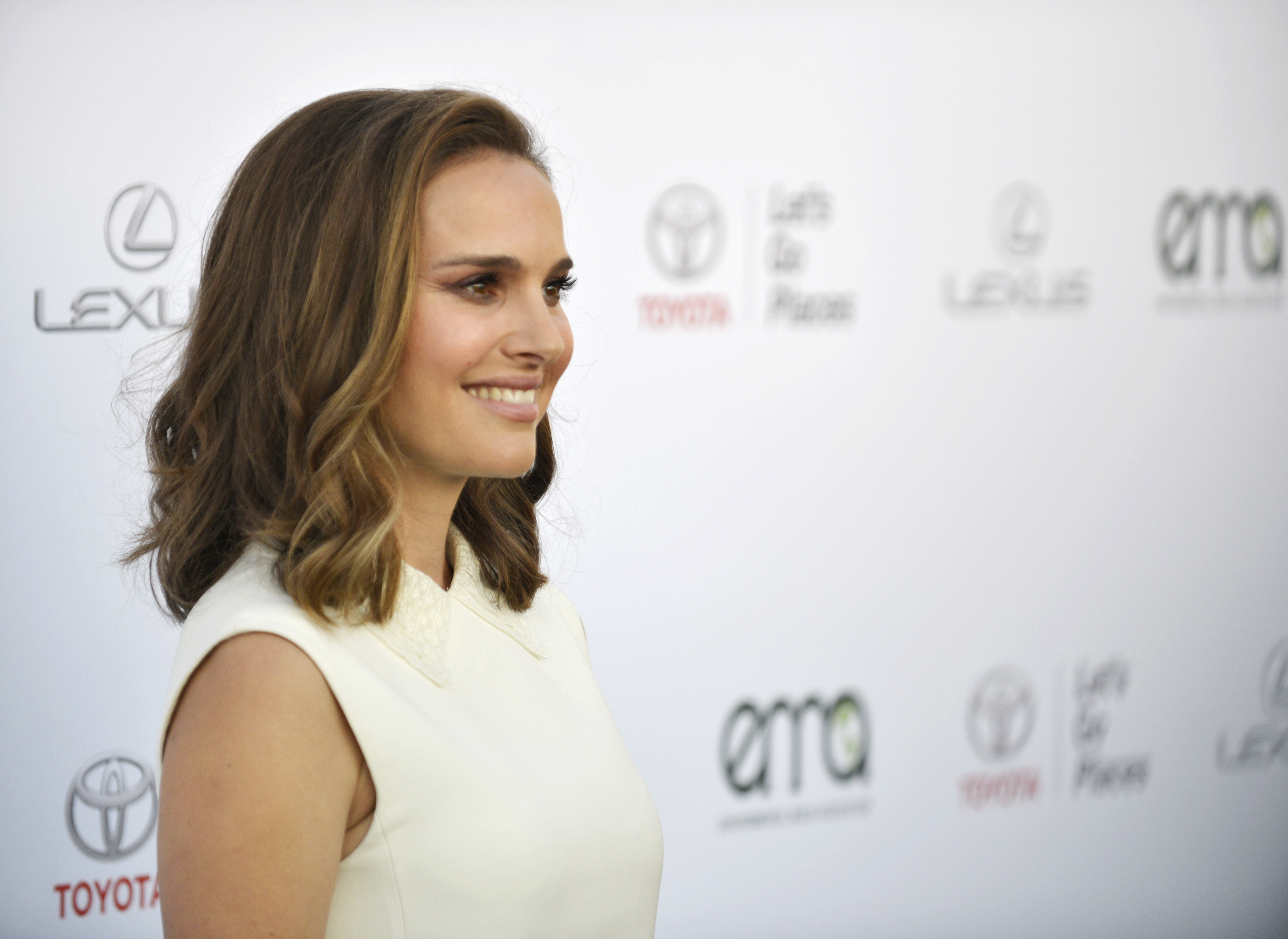 Eat Like Natalie Portman: 7 Egg-Free & Dairy-Free Recipes to Try for Clearer Skin