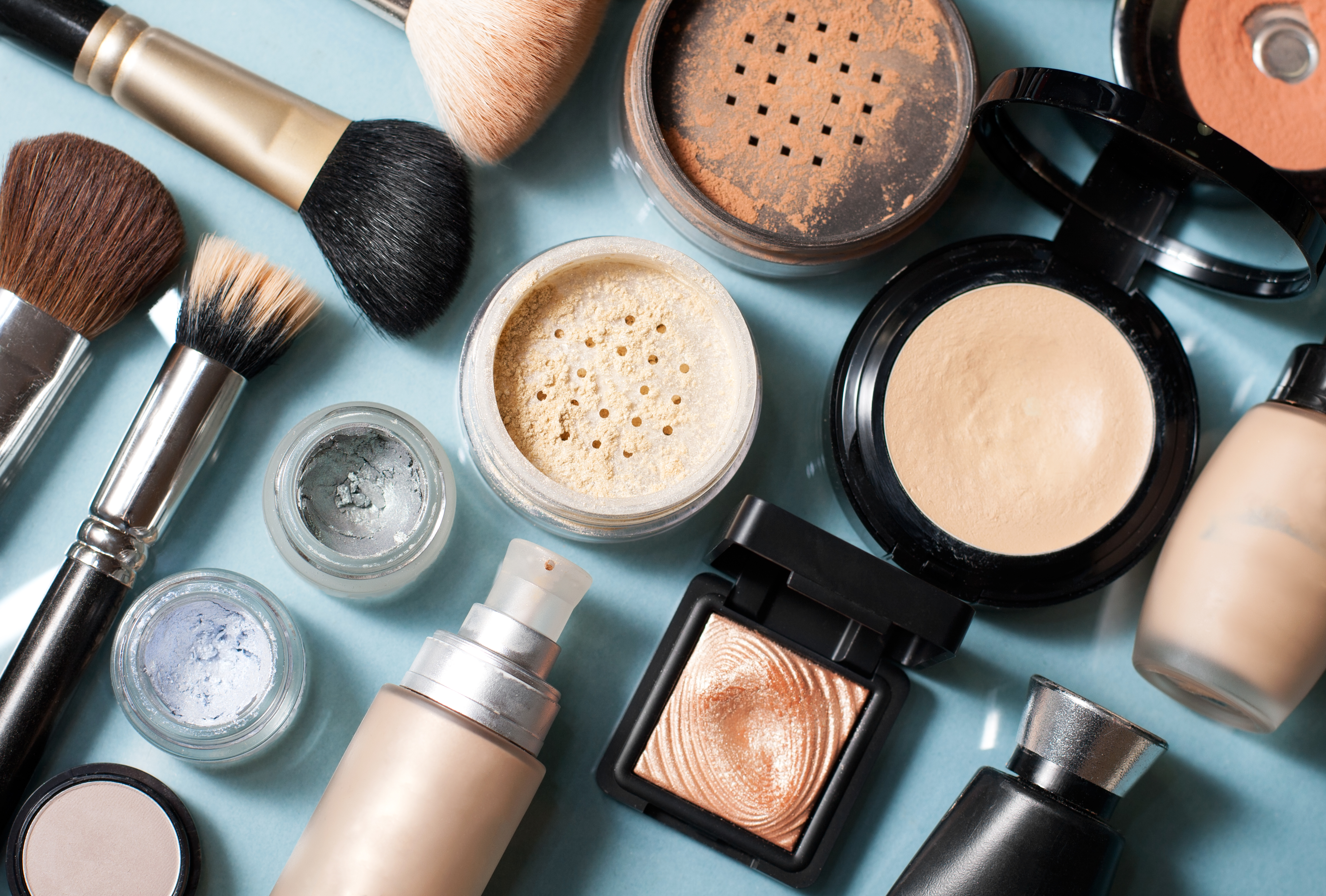 List of Makeup Companies | LEAFtv