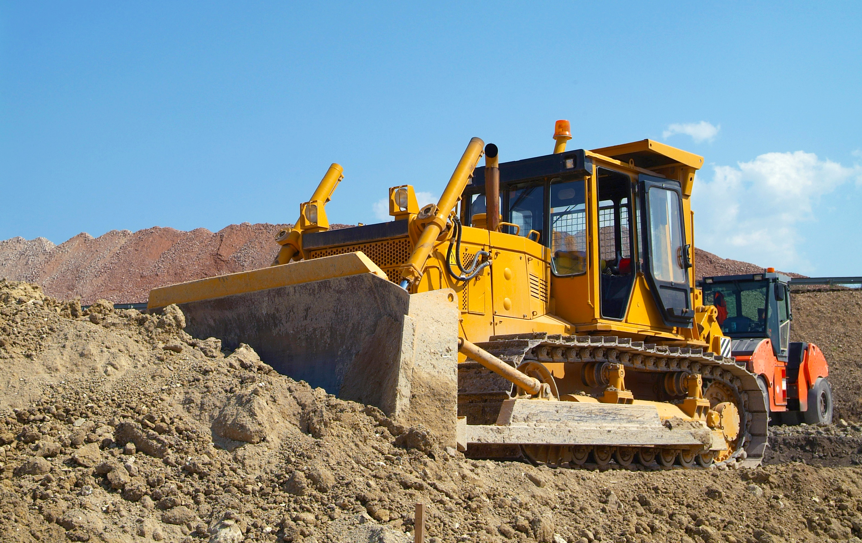 How to Troubleshoot the Shuttle Shift on a Case 580 Backhoe | Career