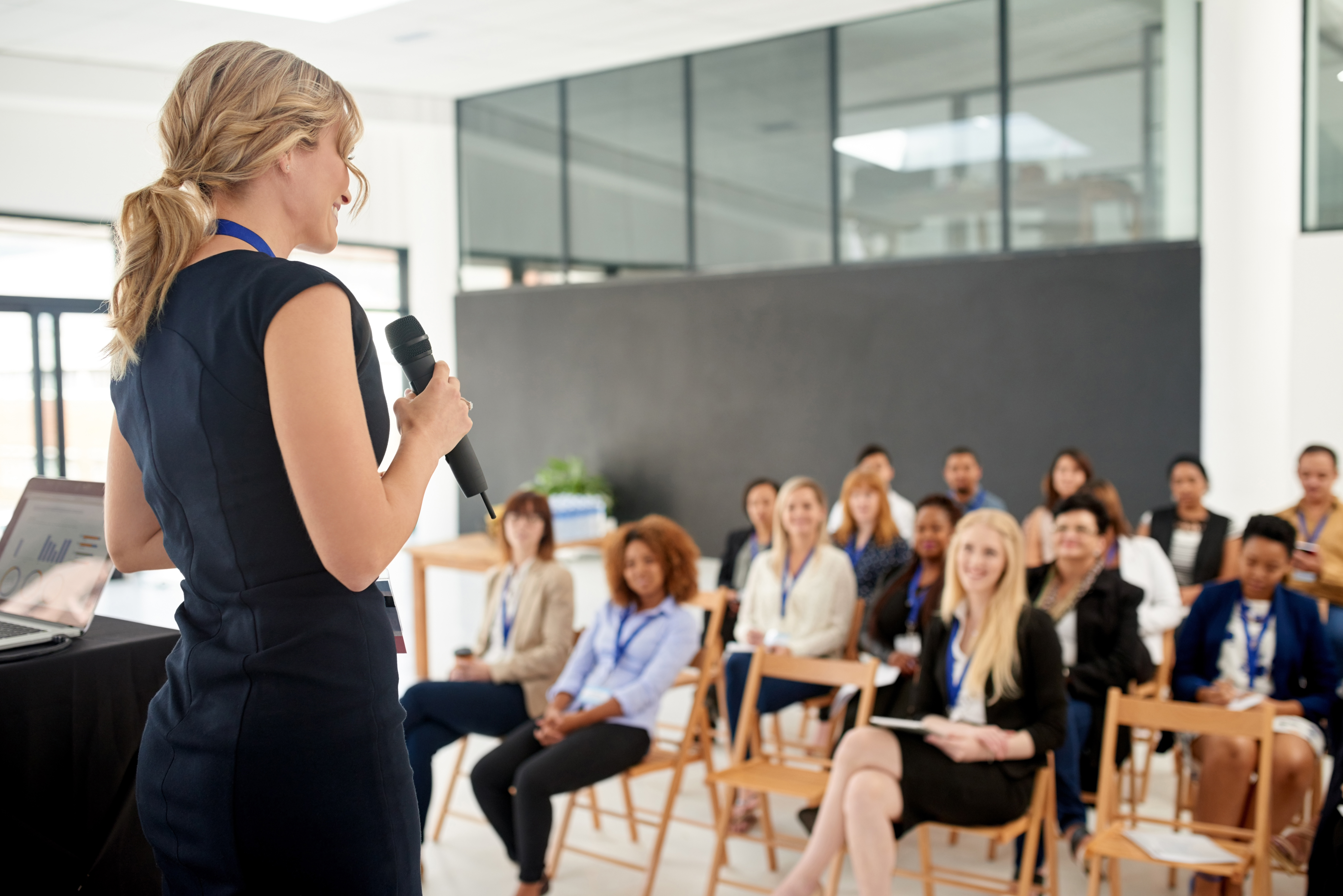 Ideas for Closing Remarks at an Event | Career Trend