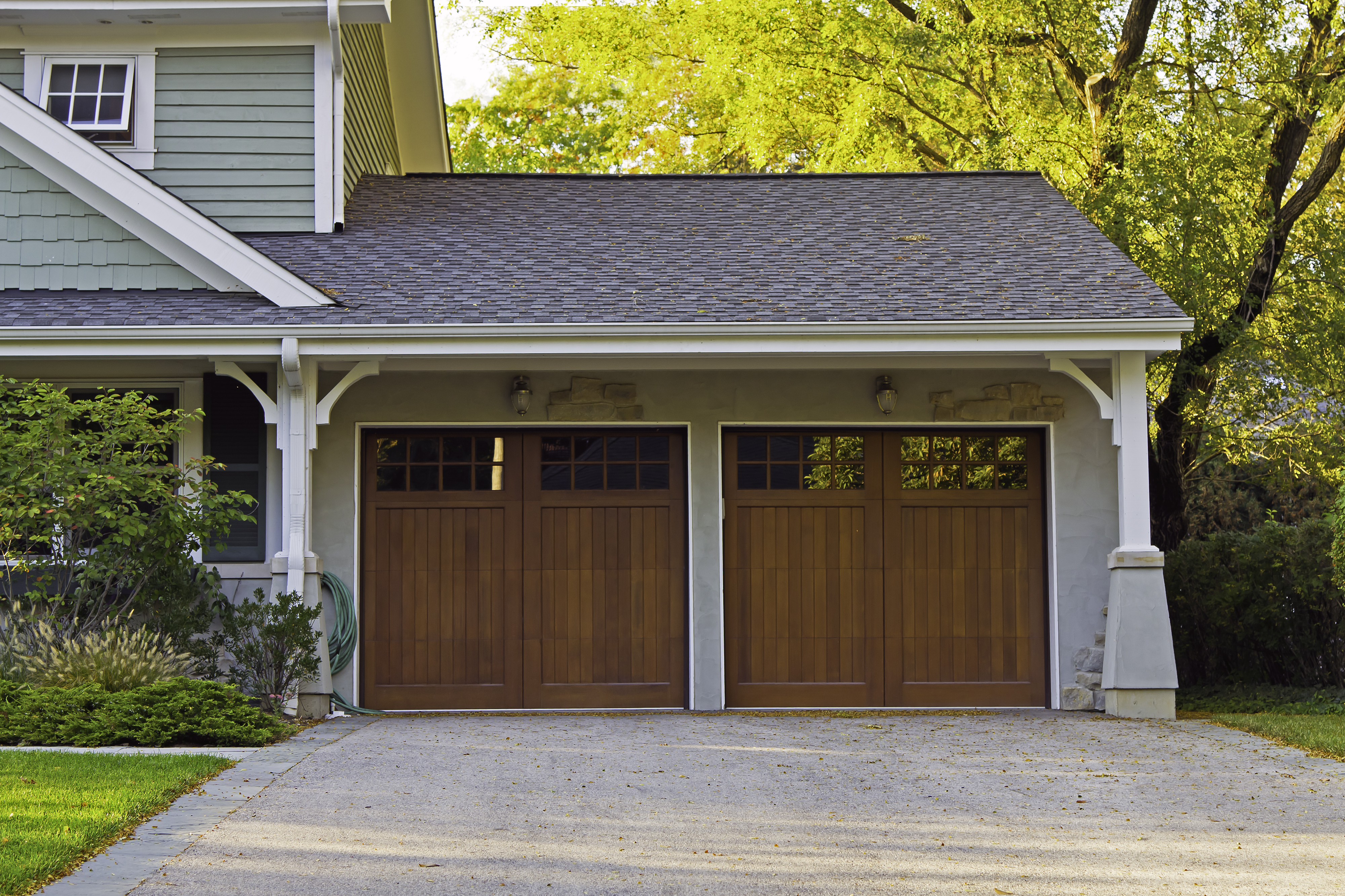 How To Fix A Garage Door Opener Remote That Has Stopped Working