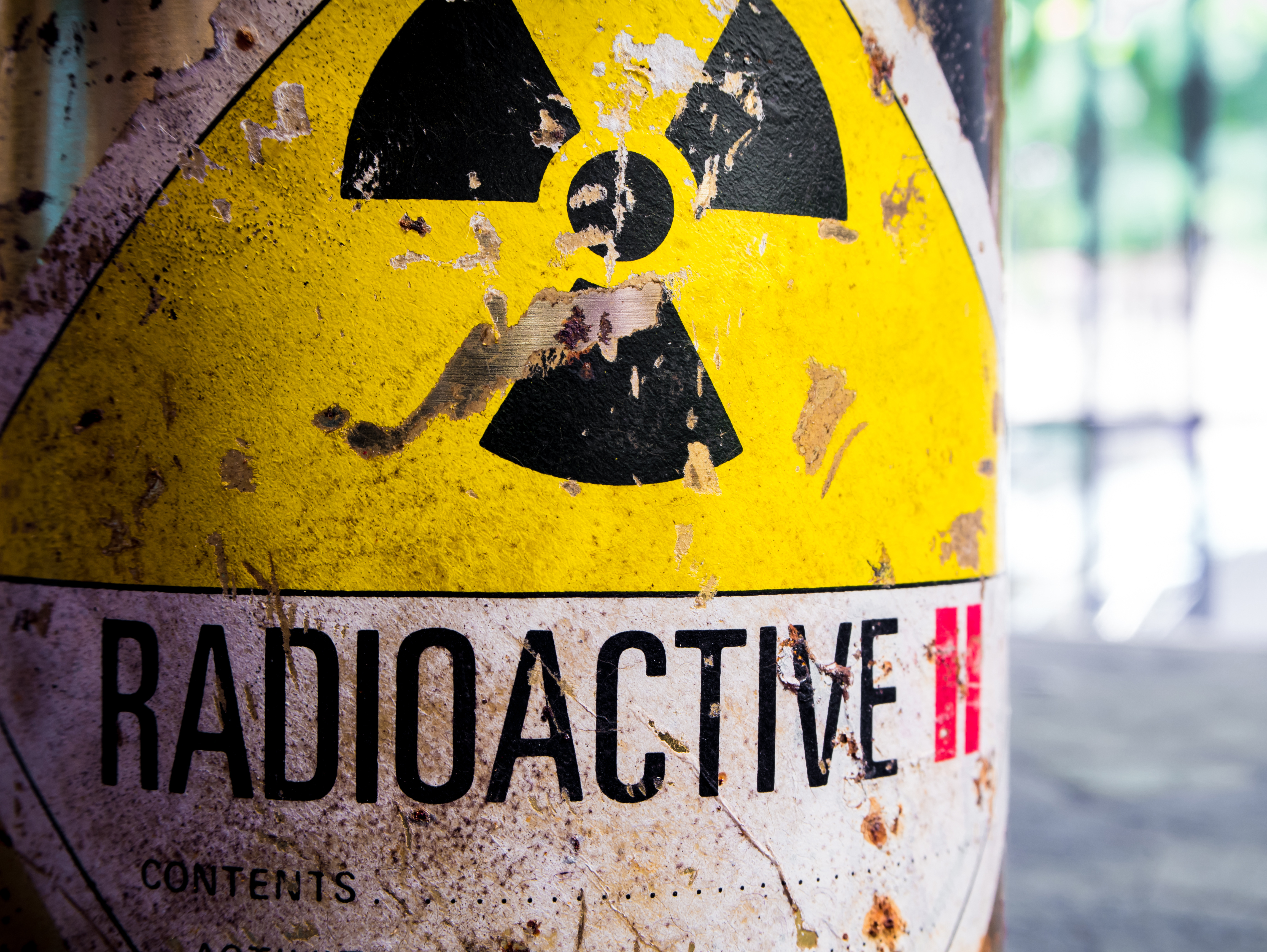 what type of radiation is used in radioactive dating