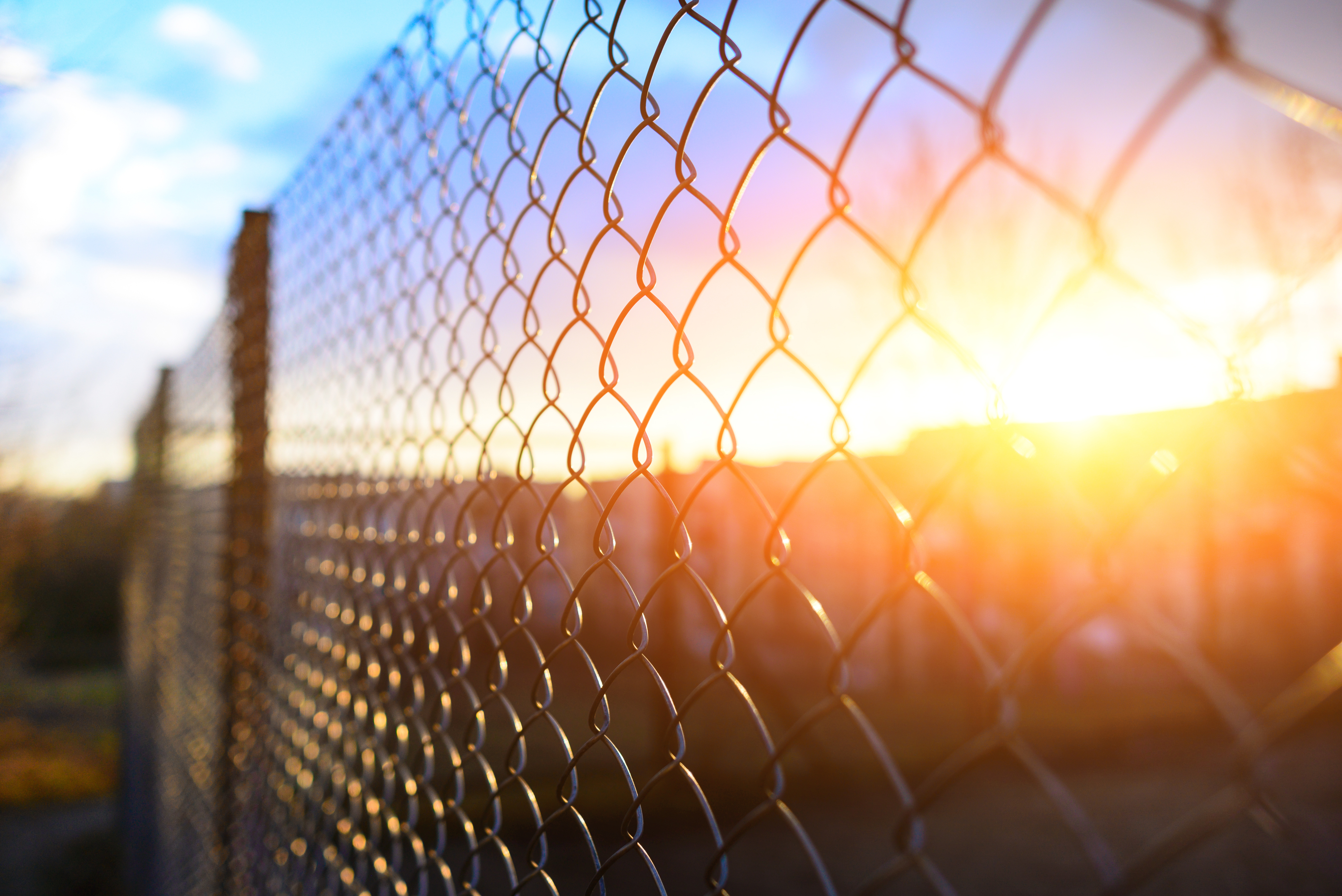 How to Extend the Height of a Chain-Link Fence | Home Guides
