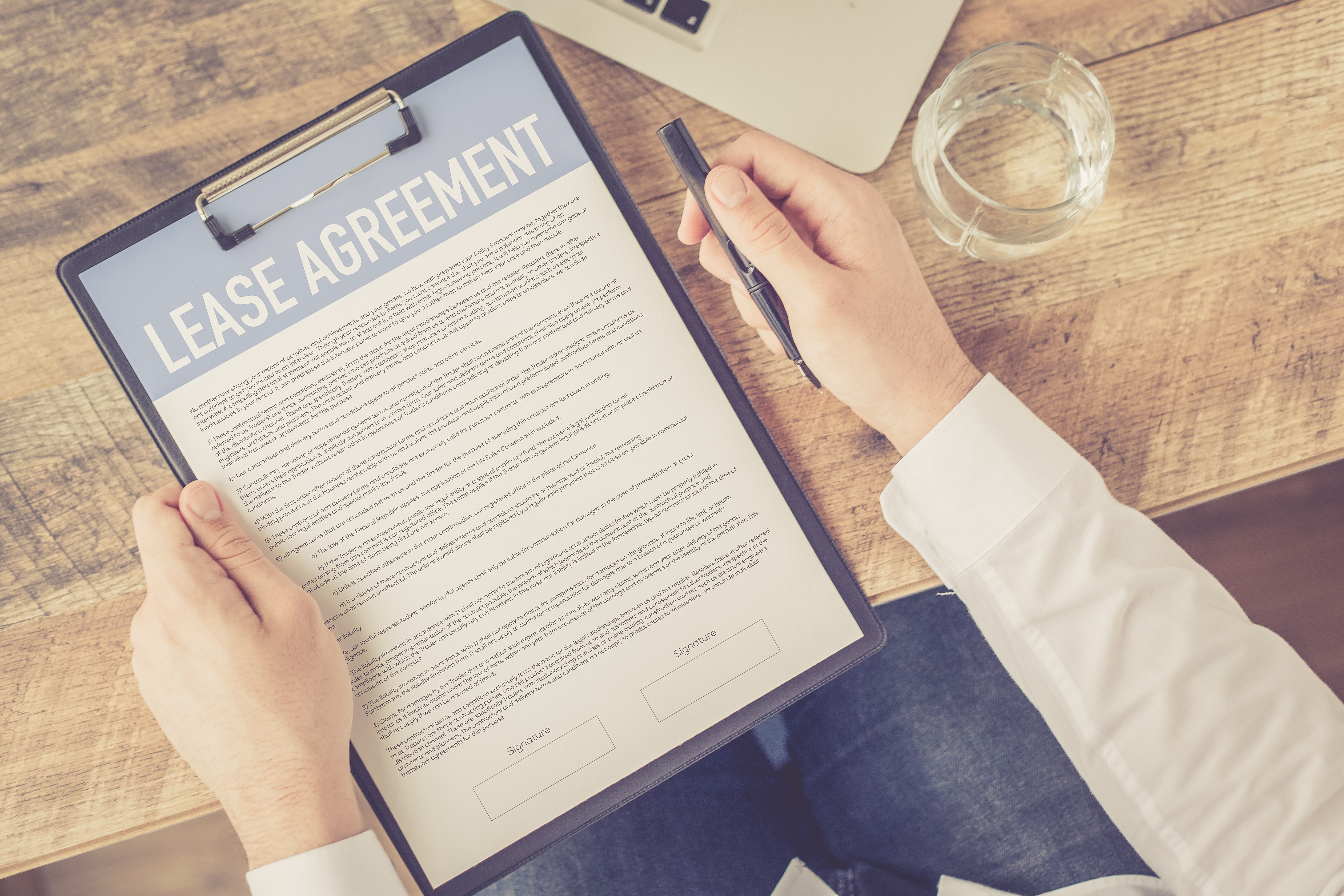 How to Evict Tenants Without a Contract & California Laws