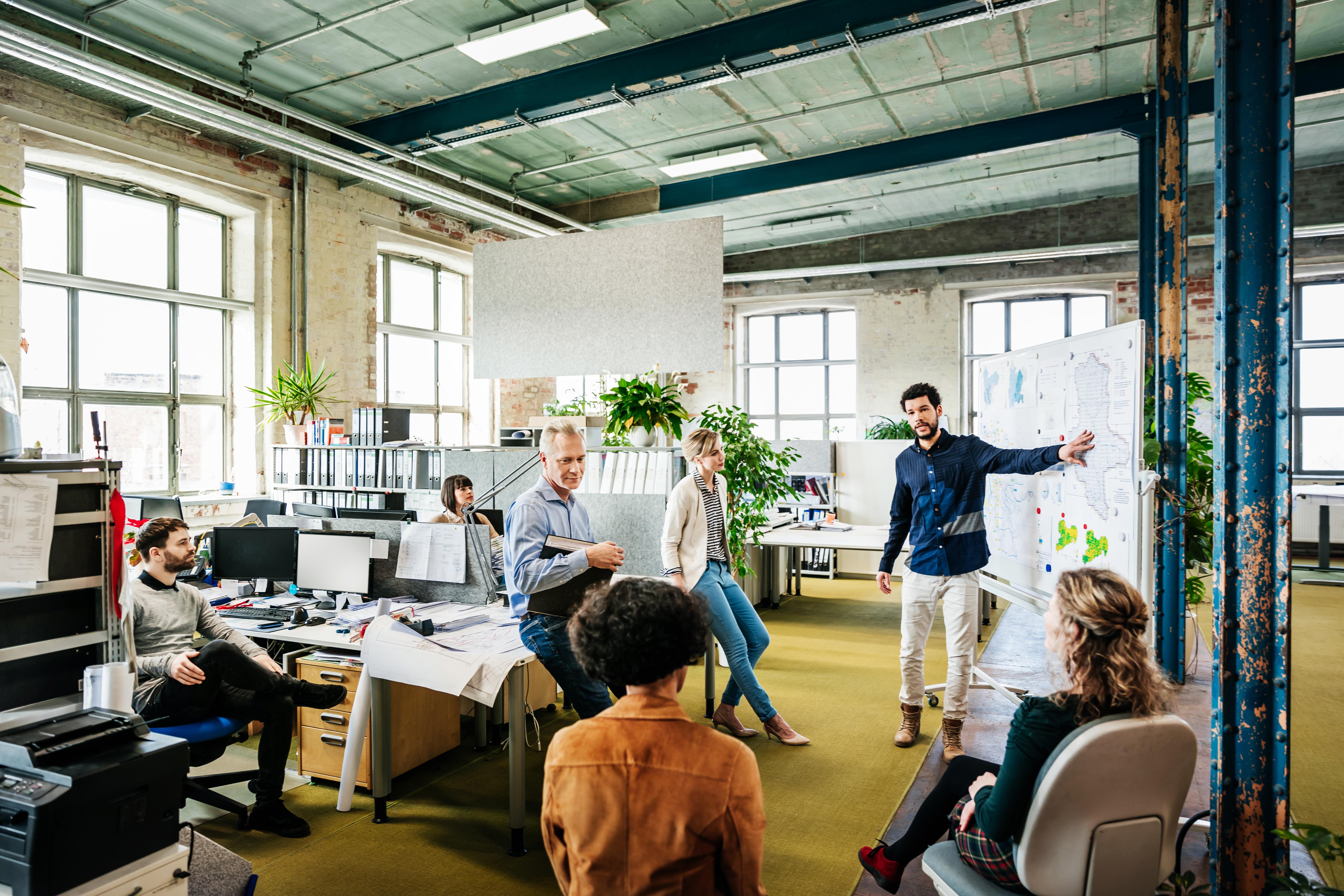 Types of Organizational Communication | Bizfluent