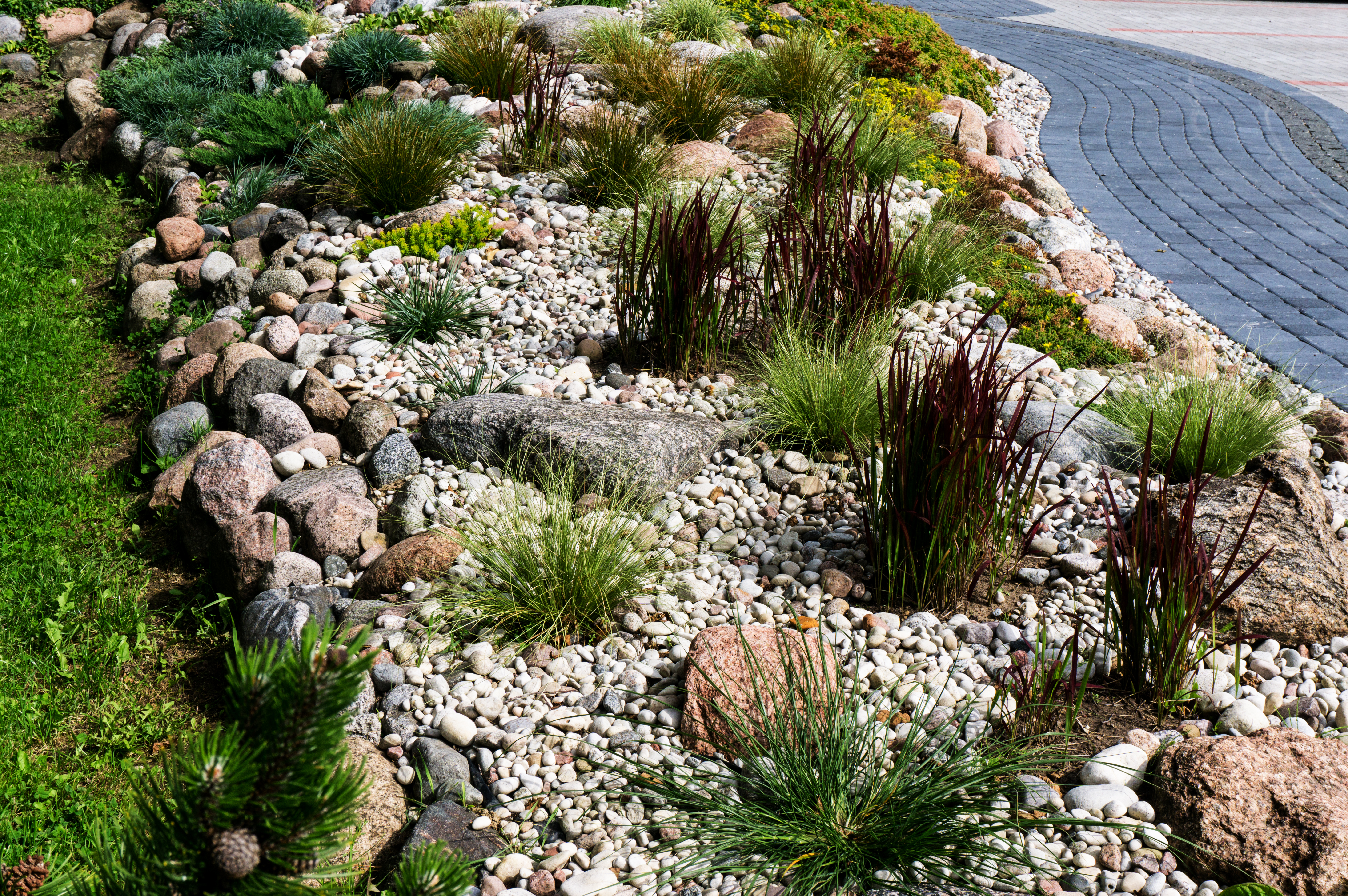How To Clean Landscaping Rocks Home Guides Sf Gate