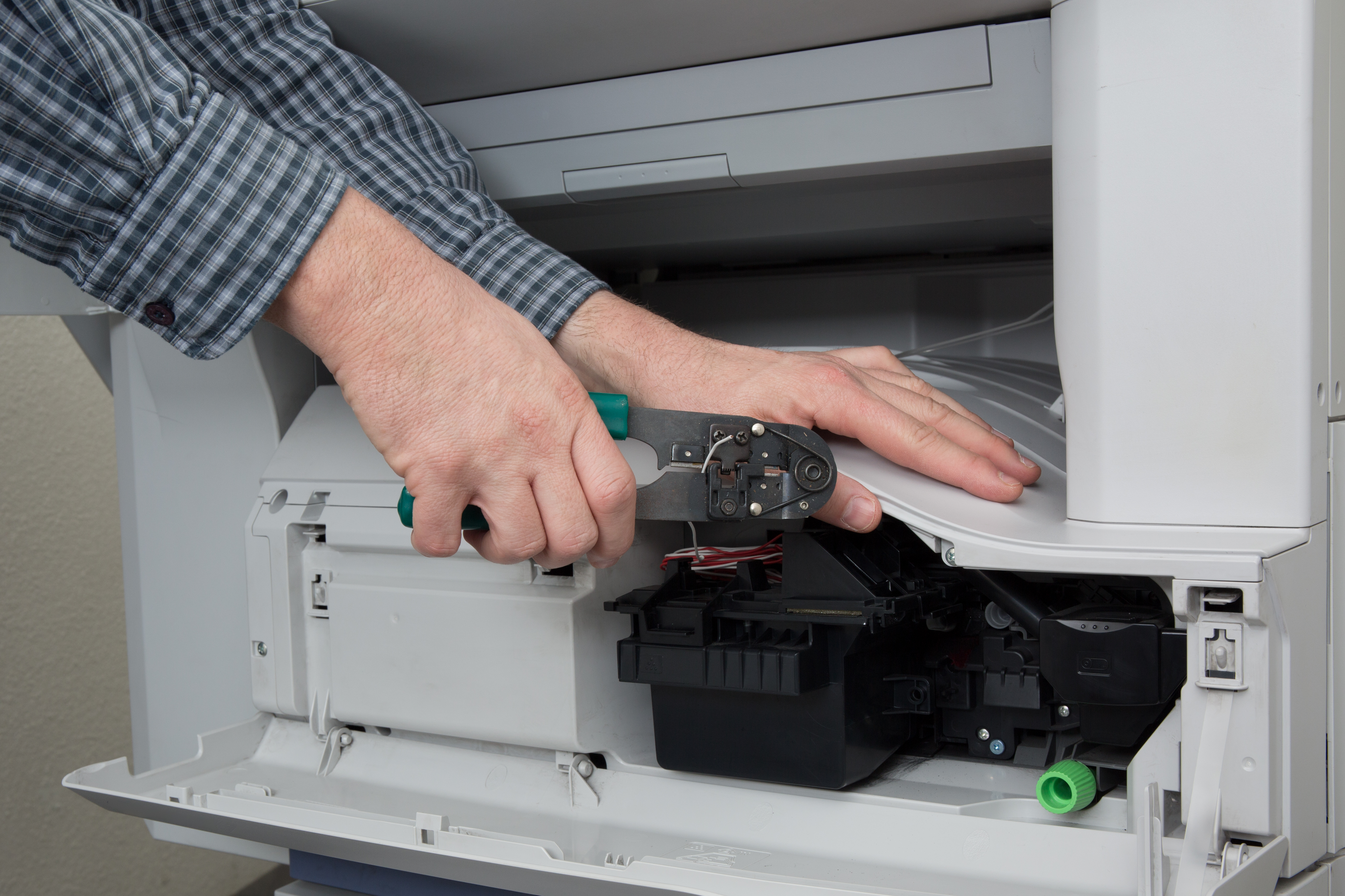 How the Locking Mechanism on an Electric Meter Box Works