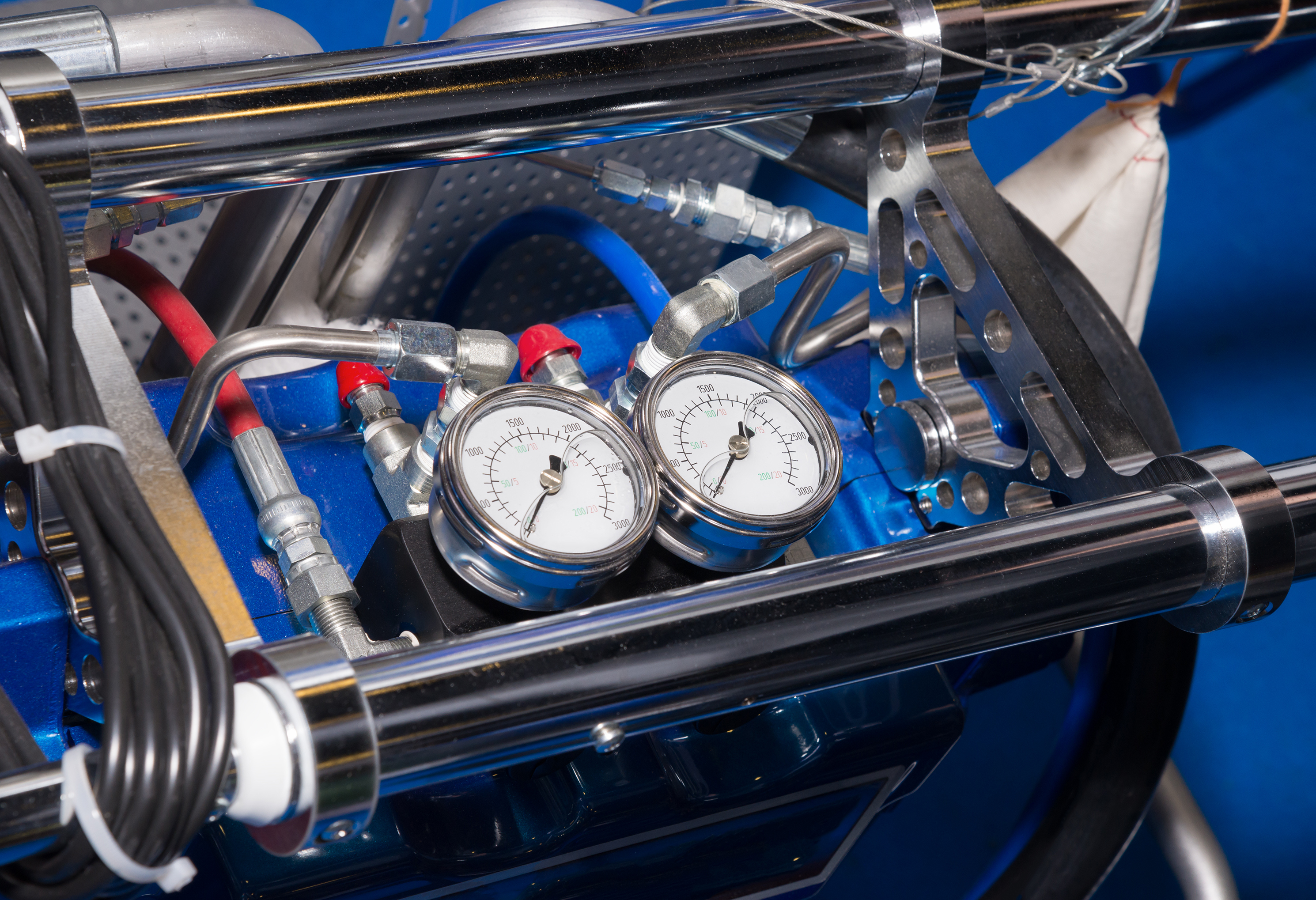 Advantages & Disadvantages of Hydraulic Systems