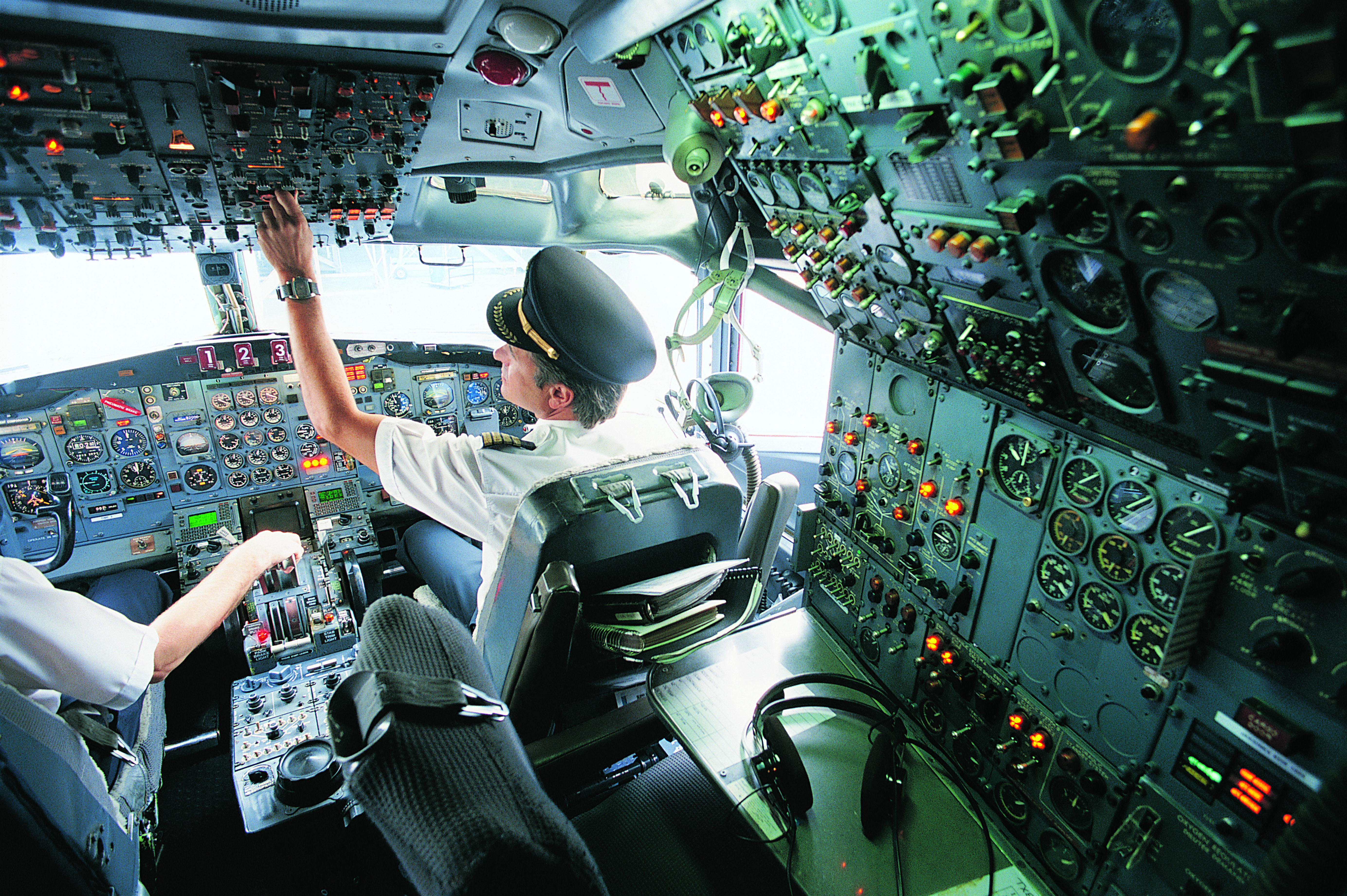 What Is the Average Salary for an American Airline Pilot