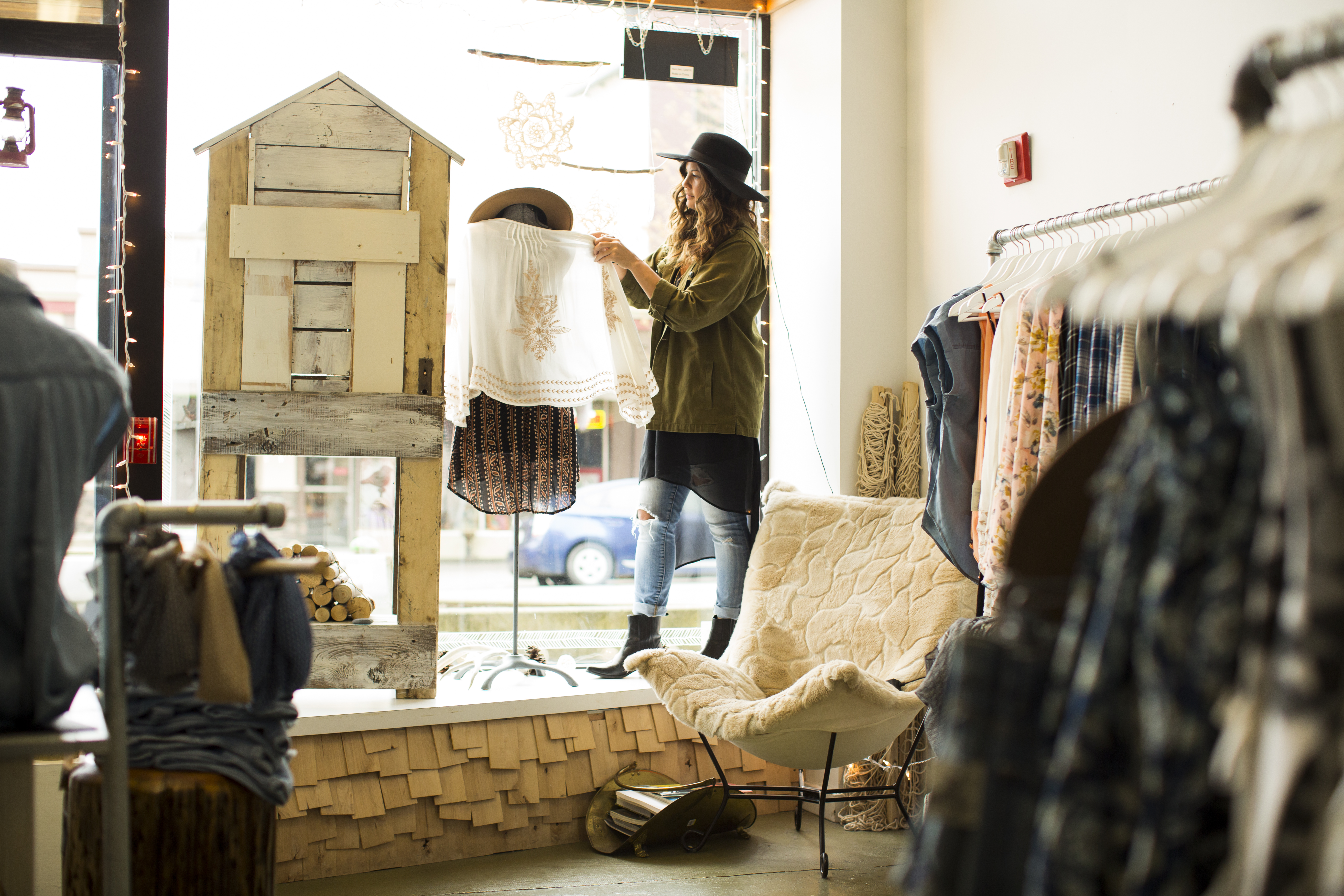 Ideas For Decorating A Retail Store