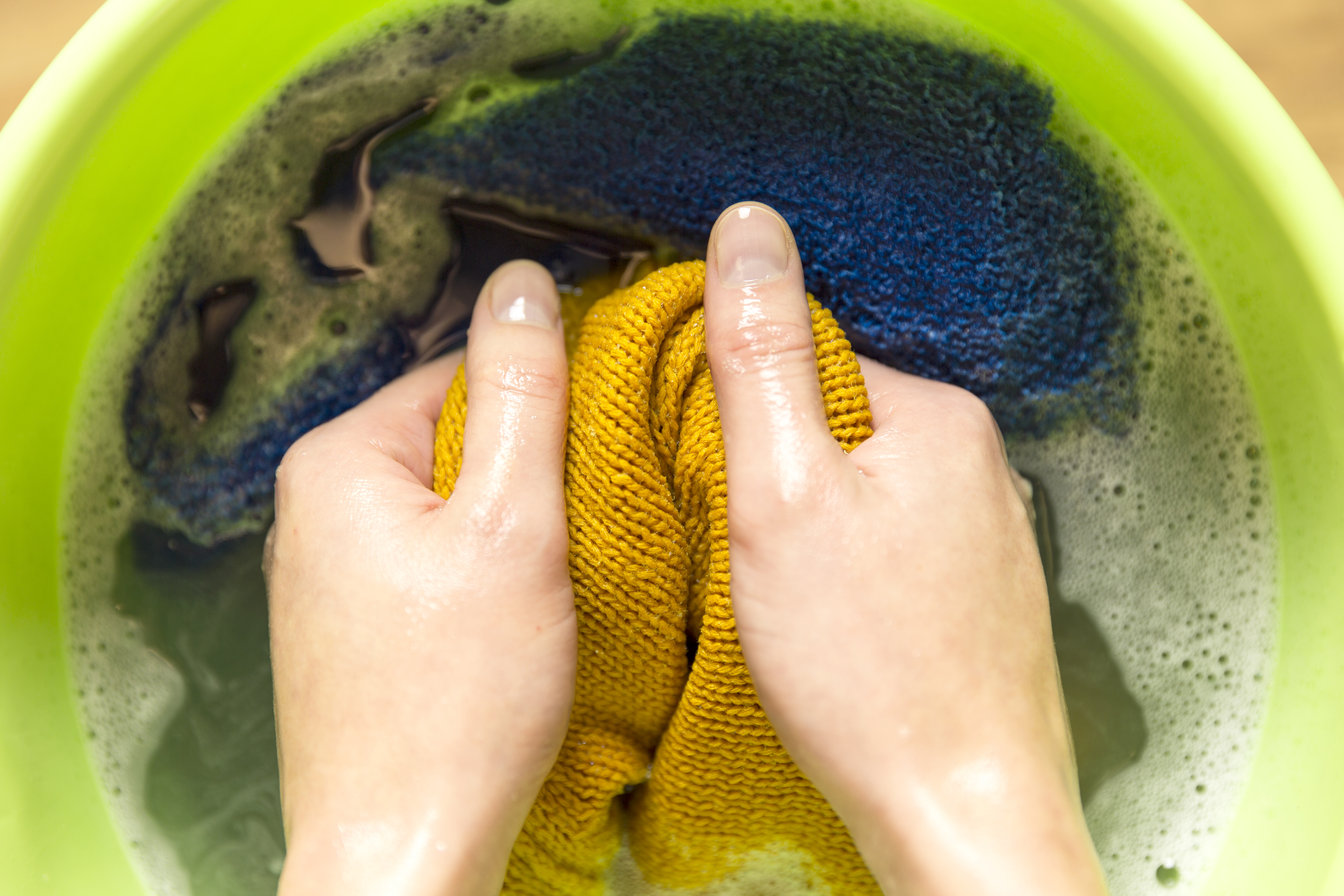 How To Remove Grease Stains From Laundry After Drying Home Guides