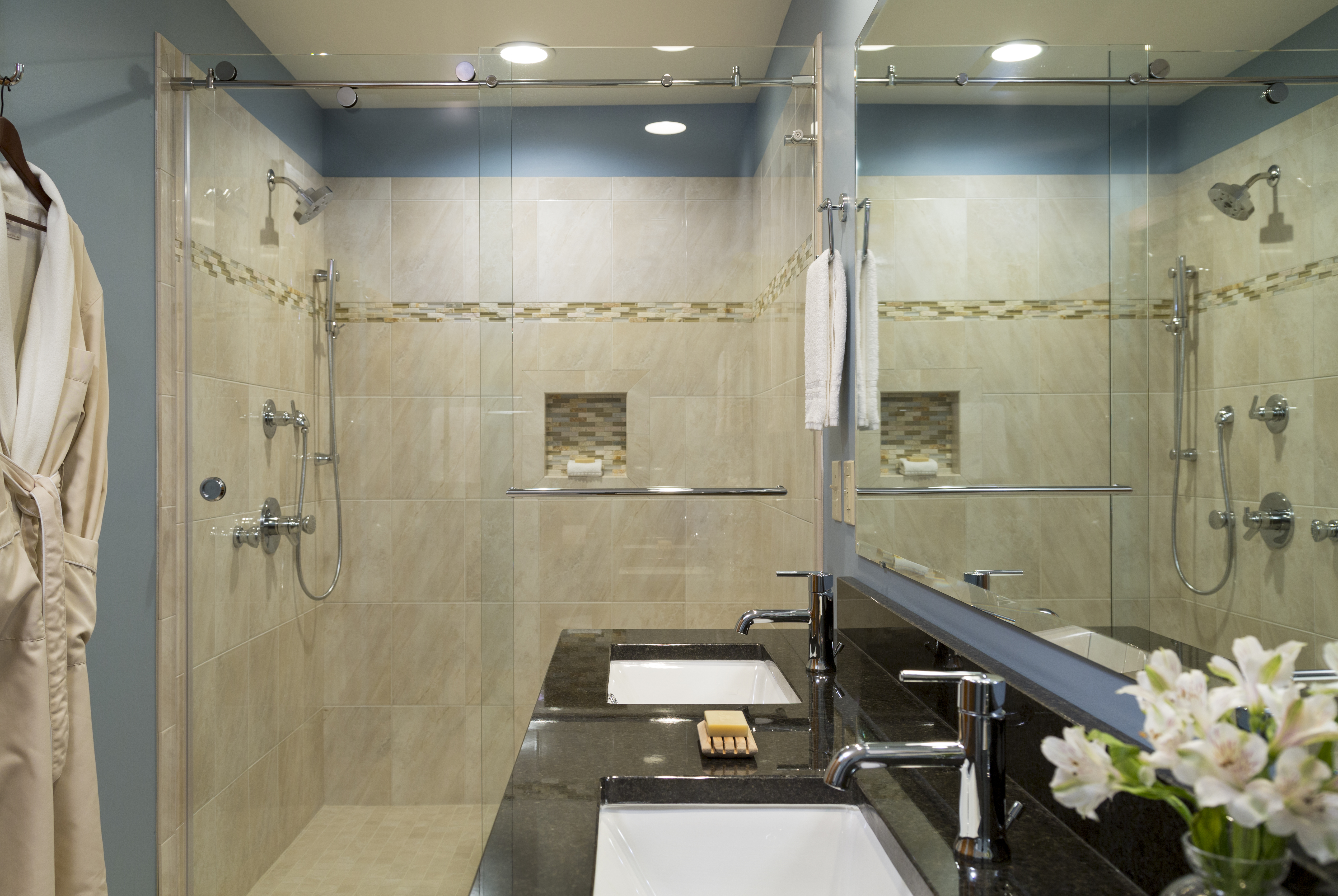 What Paint Can Be Used in the Shower? | Home Guides | SF Gate
