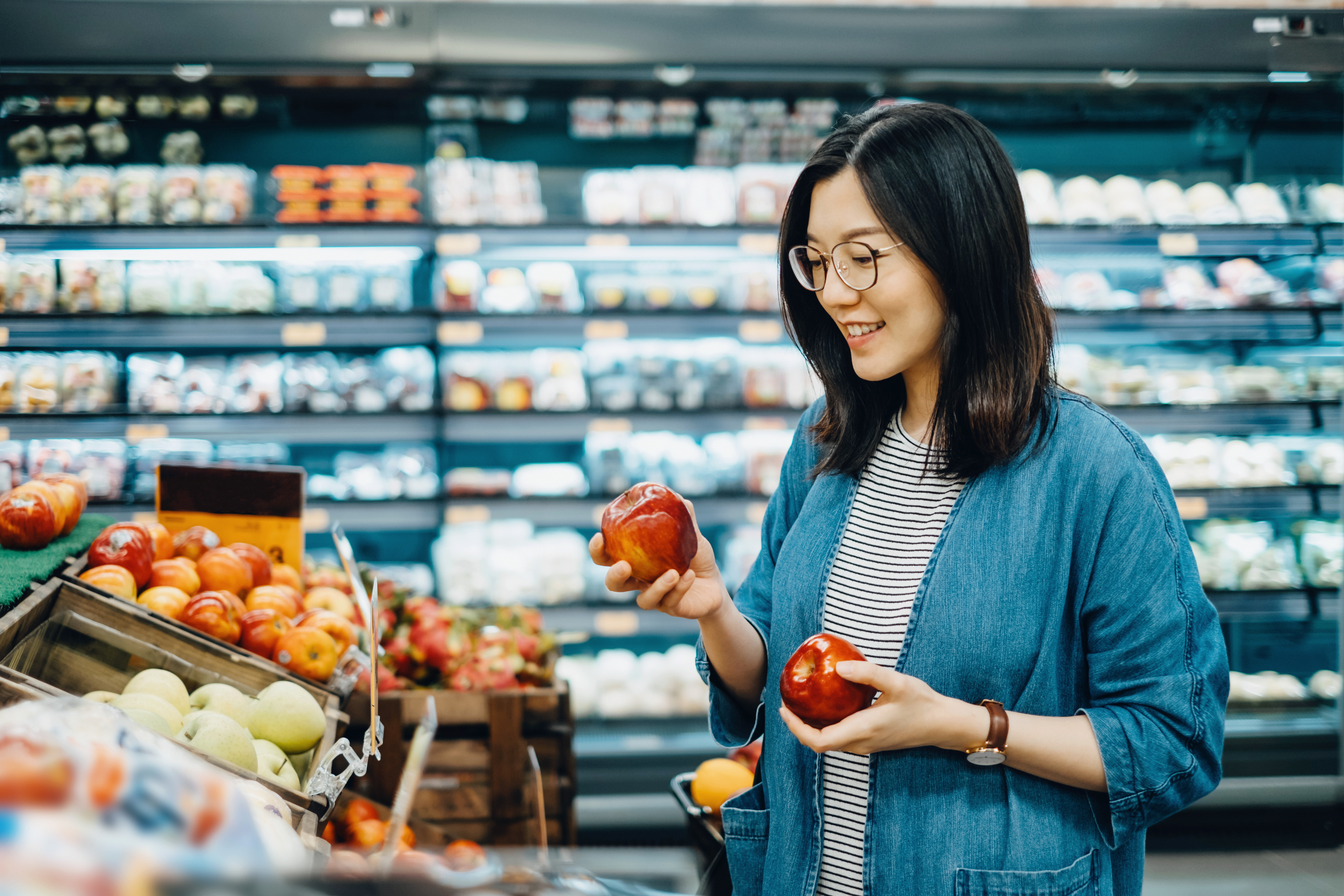 Necessary Items for Starting a New Grocery Store | Chron com