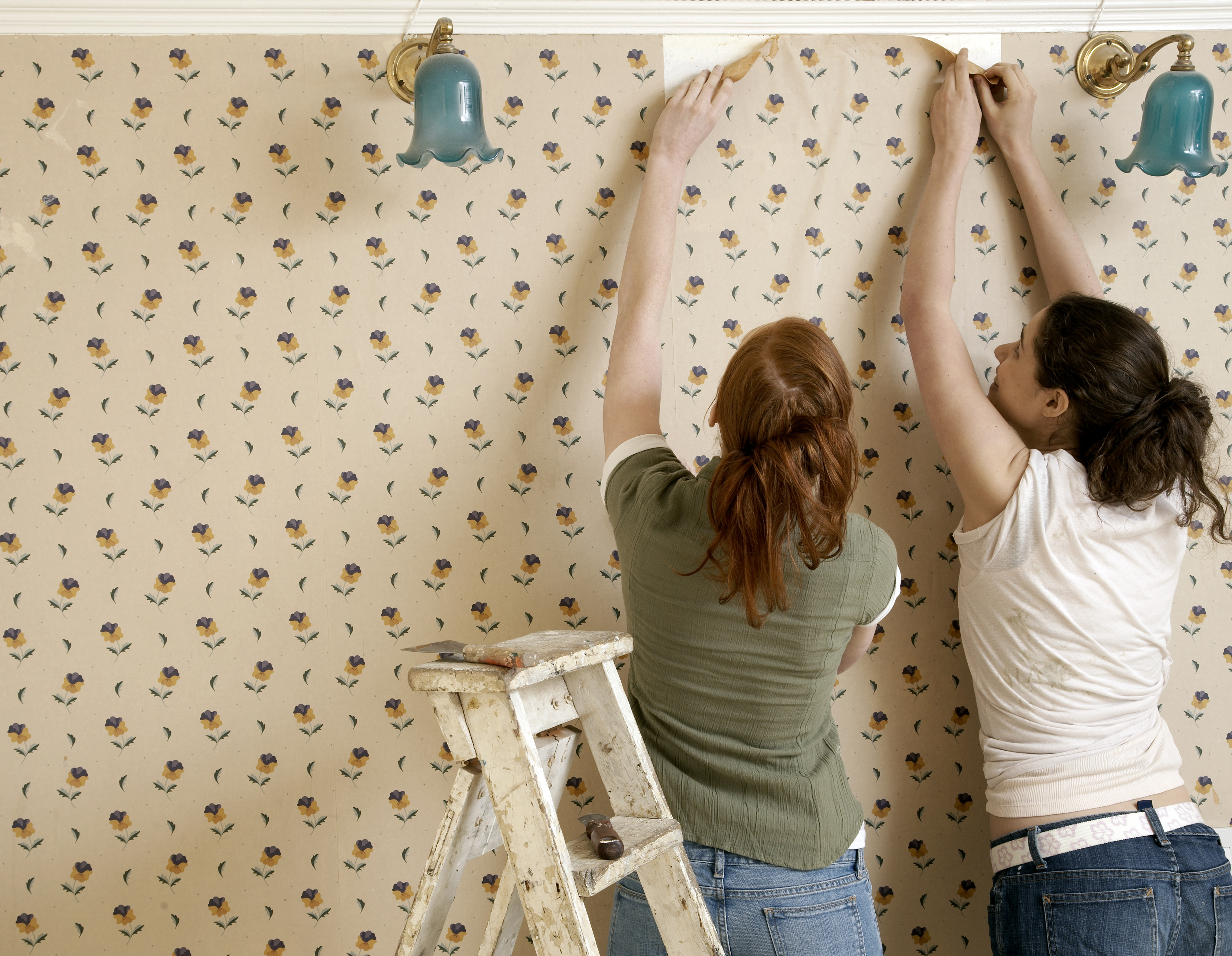 How to Repair Drywall Damage Caused by Wallpaper Removal | Home Guides | SF Gate