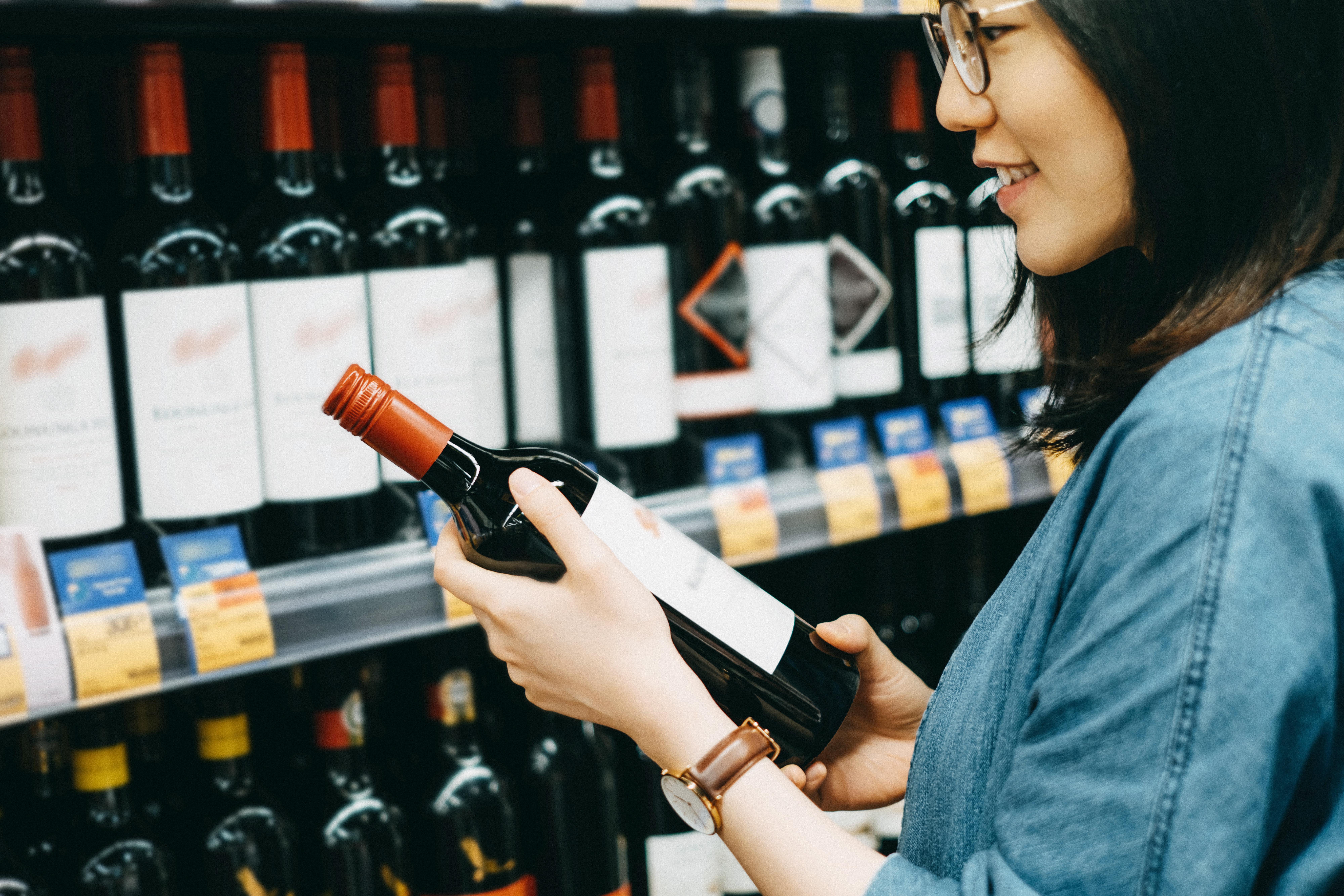 How to Be a Liquor Distributor   Chron com