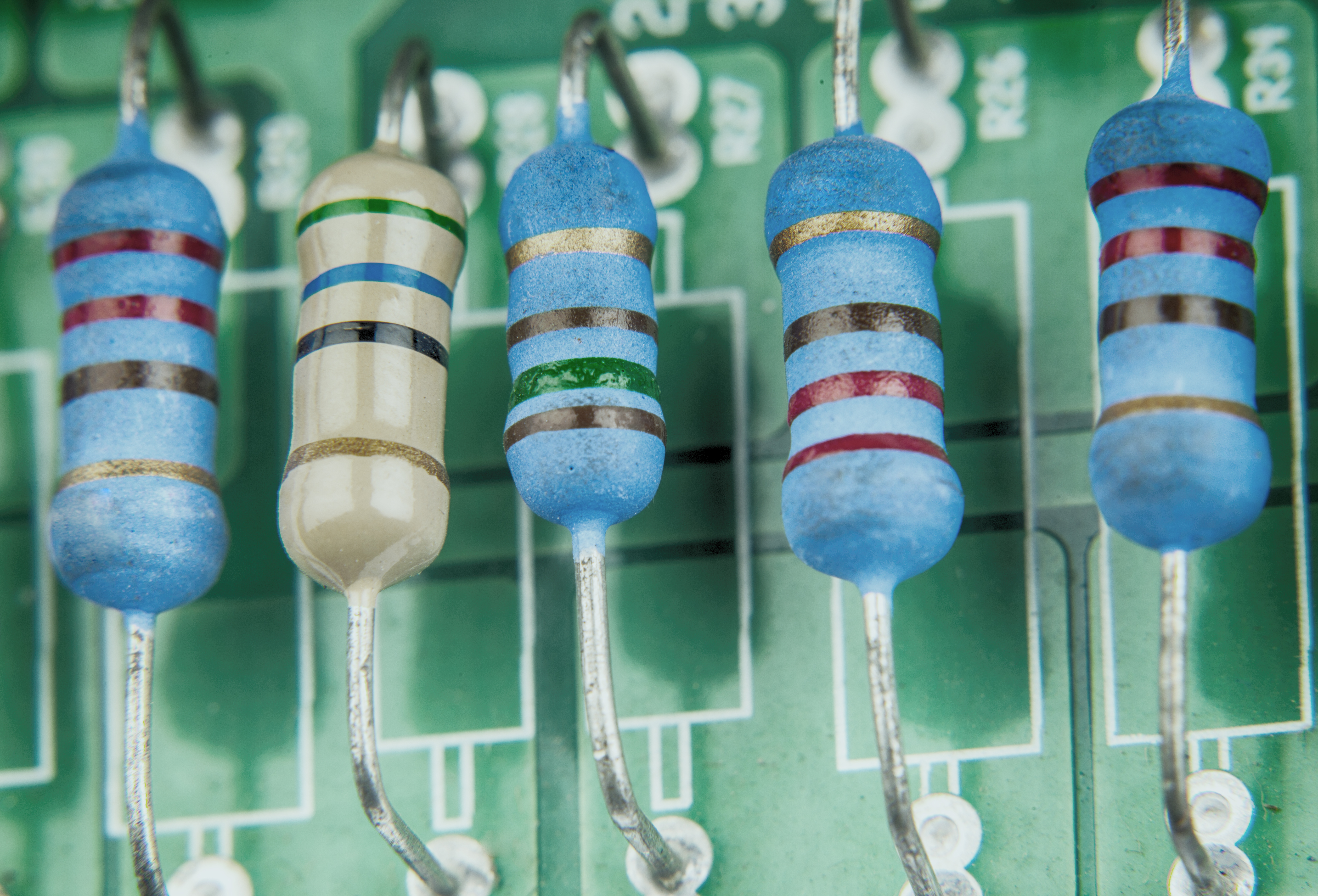 What Happens When A Resistor Burns Up Sciencing Led Circuits And Resistors