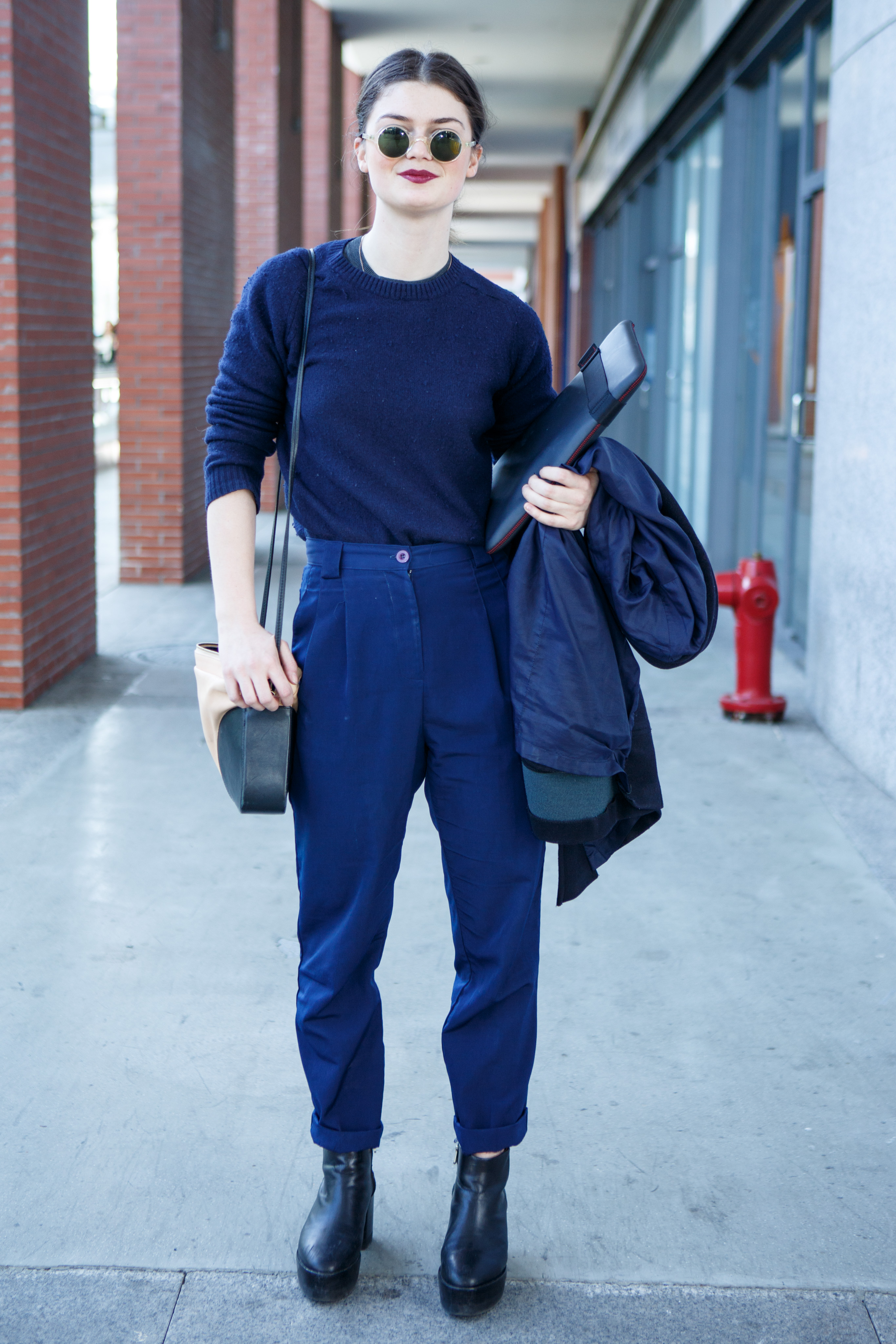 Colour navy what pants with shoes What color