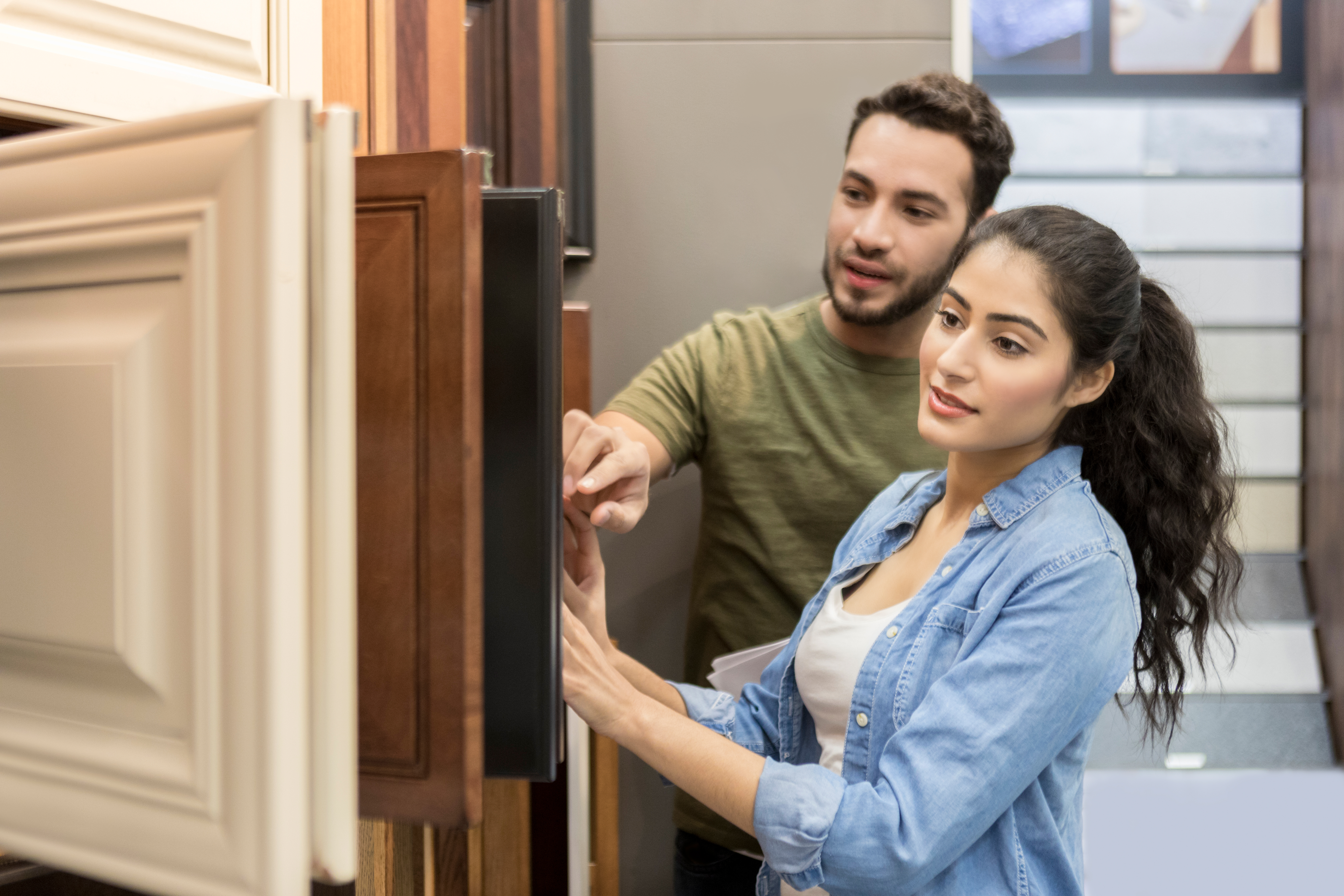 How to Complain to Lowes | Bizfluent