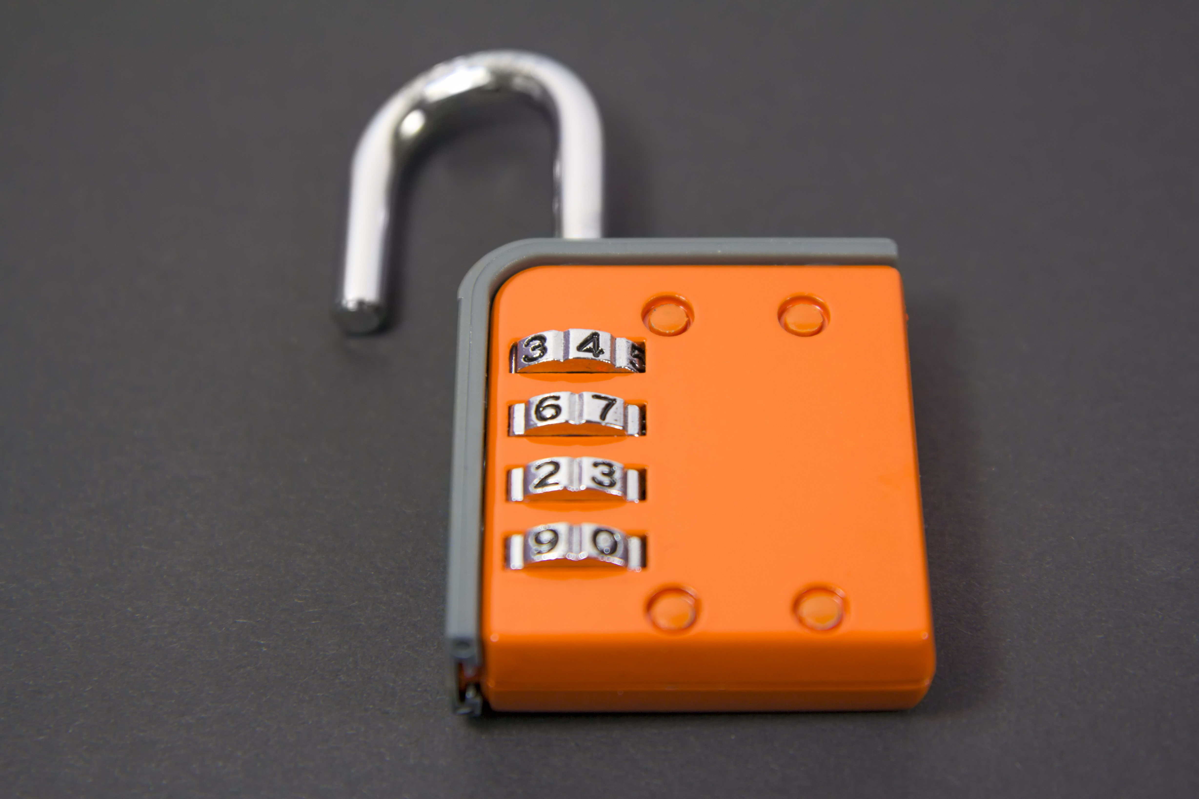 How To Open A Four Digit Combination Lock Hunker