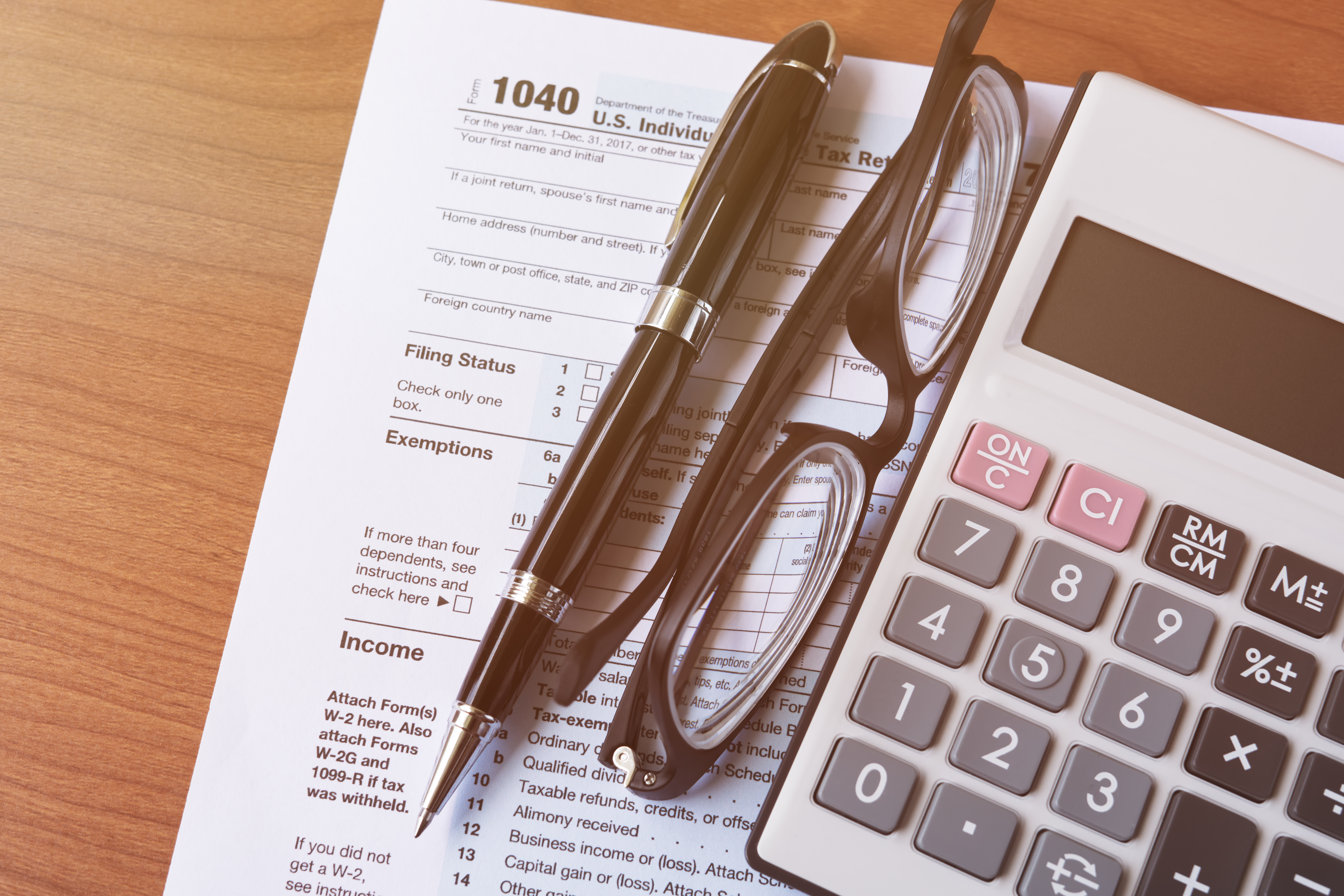 Difference Between W-2 & W-3 Forms | Bizfluent