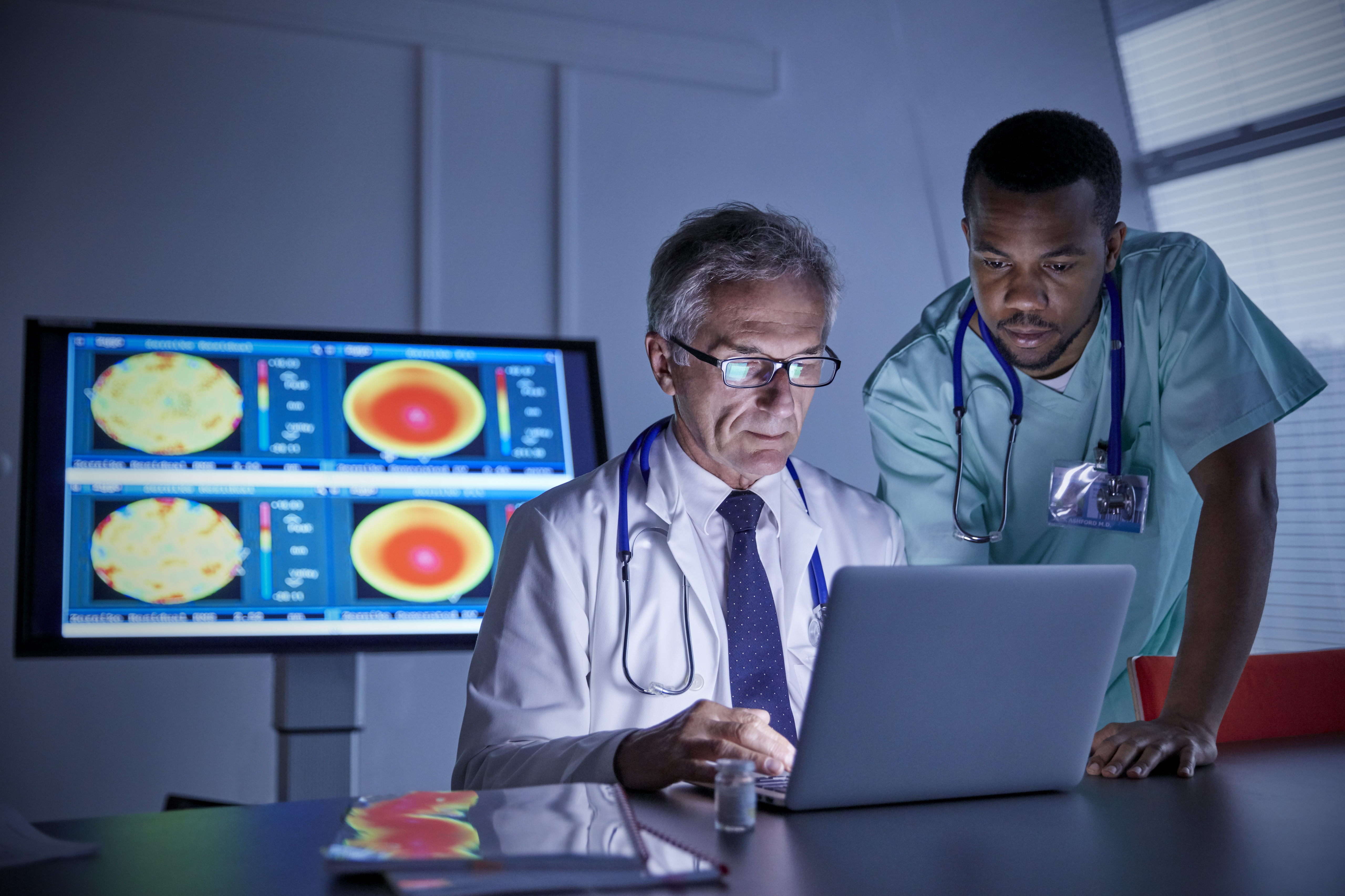 What Does a Radiologist Tech Make Per Hour? | Career Trend