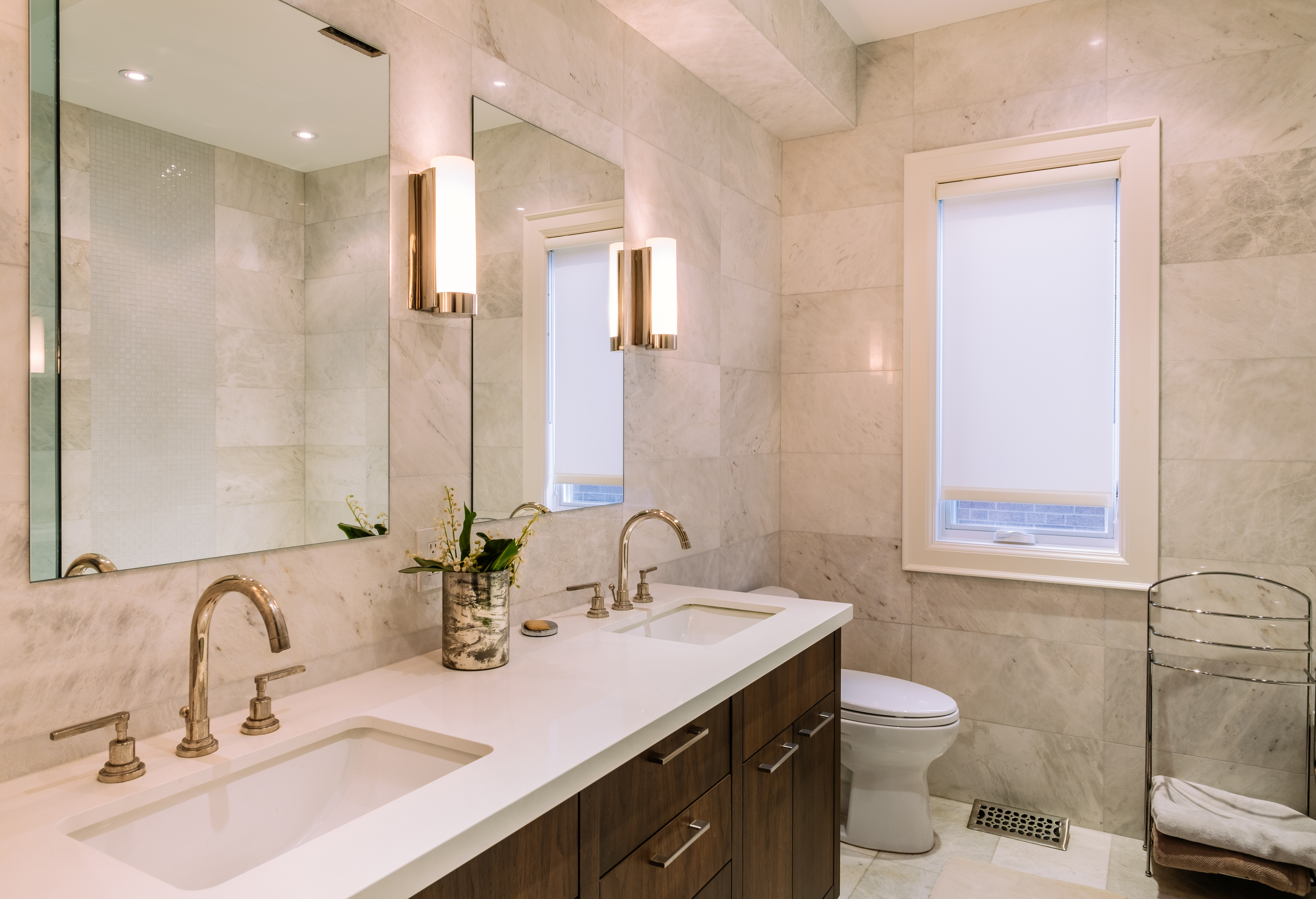 Groovy Typical Height Of Bathroom Vanity Lights Hunker Home Interior And Landscaping Ponolsignezvosmurscom