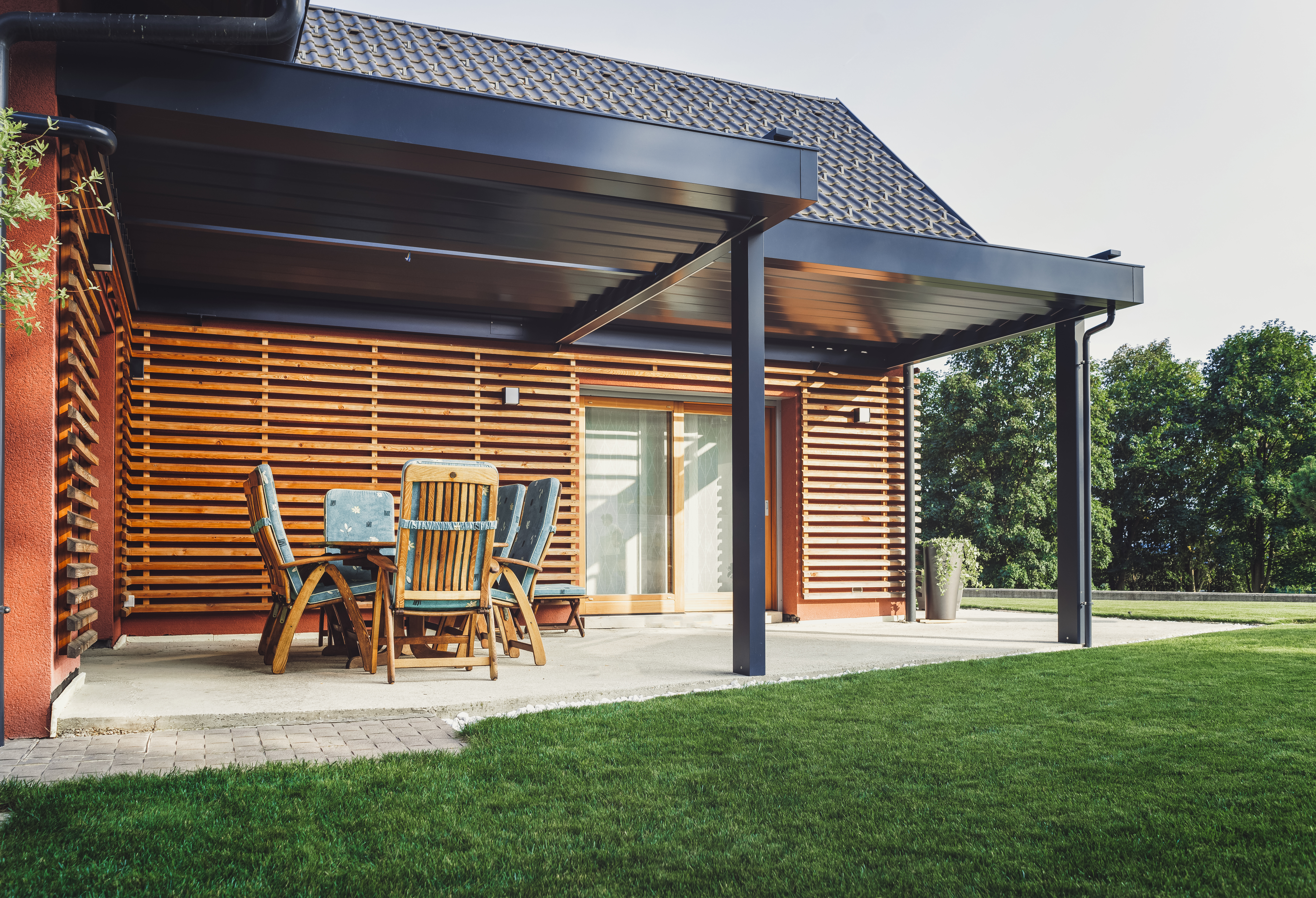 When to Put Ironite on the Lawn?   Home Guides   SF Gate