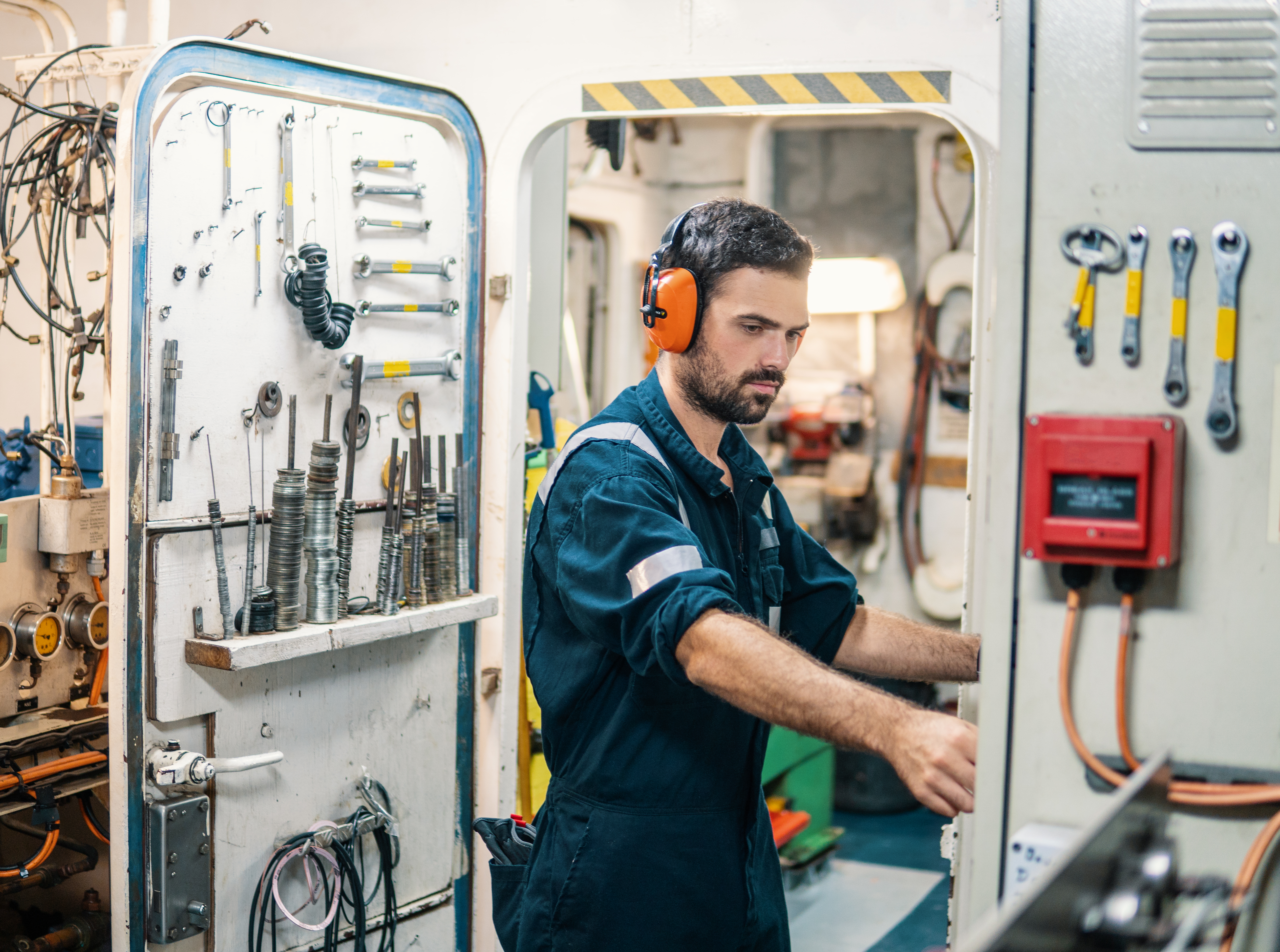 The Average Salary of Workers on Deep Draft Vessels | Career