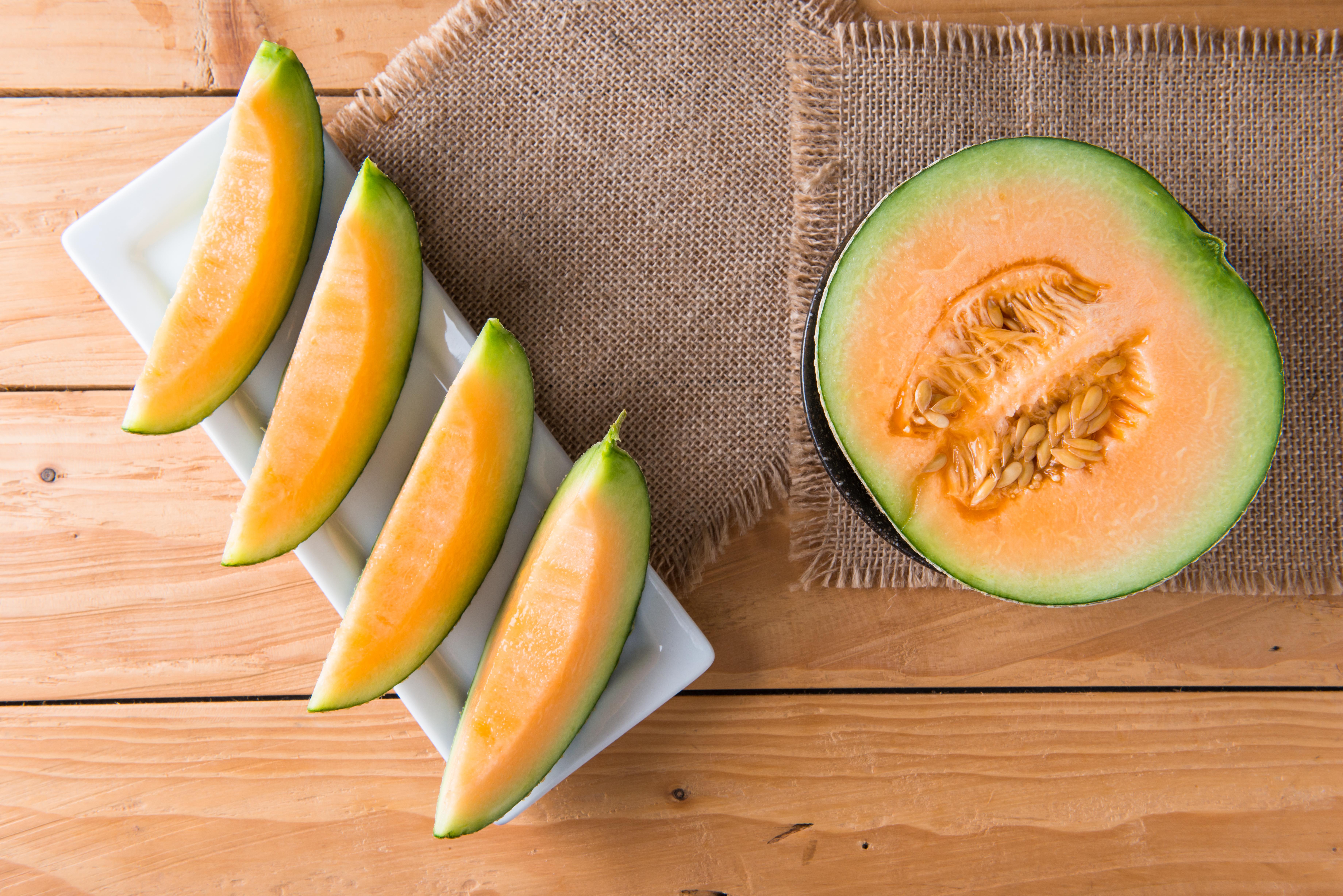 Do Cantaloupes Have Carbohydrates Cantaloupe, dubai, united arab emirates. https healthyeating sfgate com cantaloupes carbohydrates 4975 html