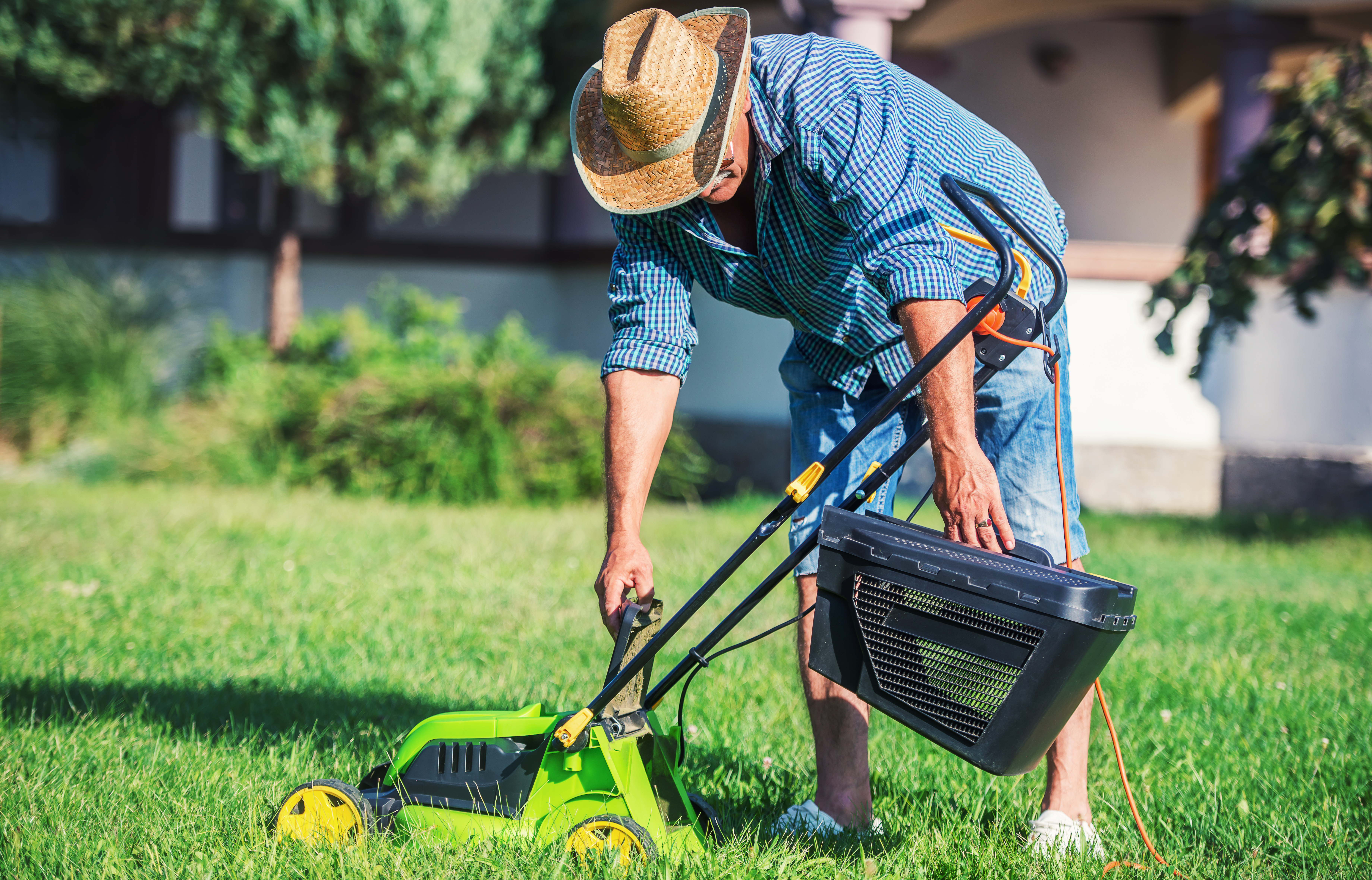 Why Does My Lawn Mower Sound Like it Is Surging? | Home