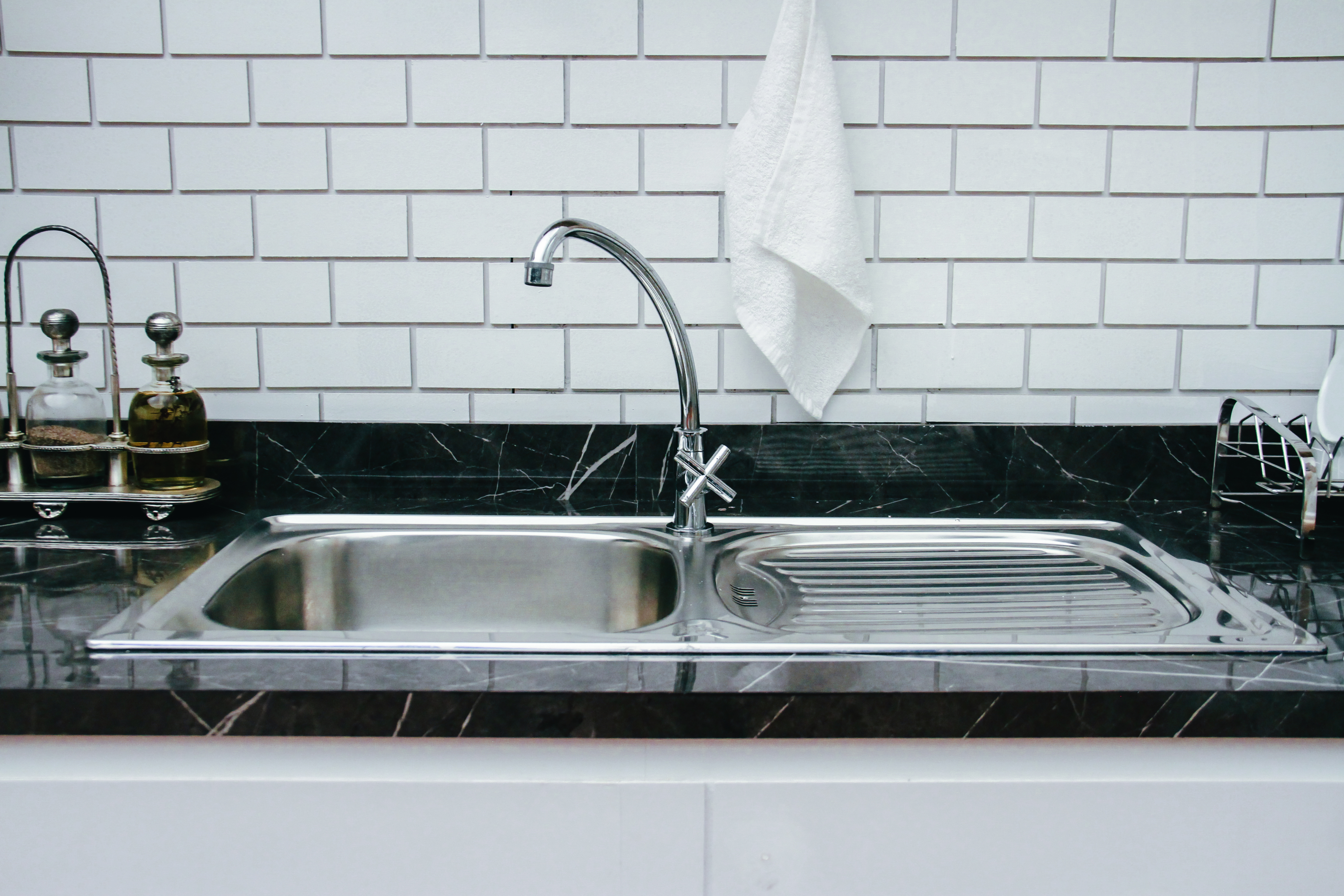 How To Fix A Leak On A Glacier Bay Kitchen Faucet Hunker