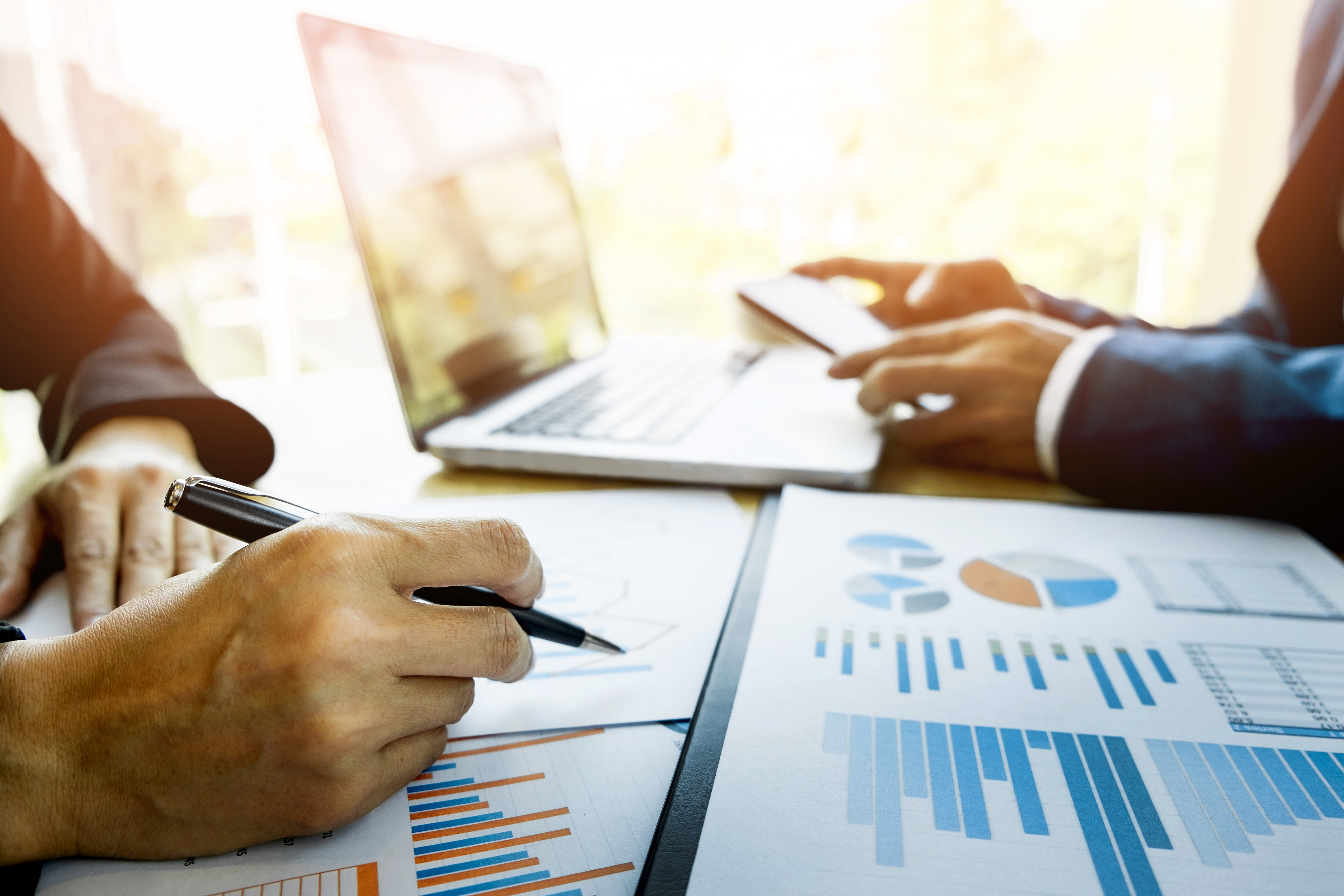 The Differences Between A Business Analyst A Data Analyst Chron Com