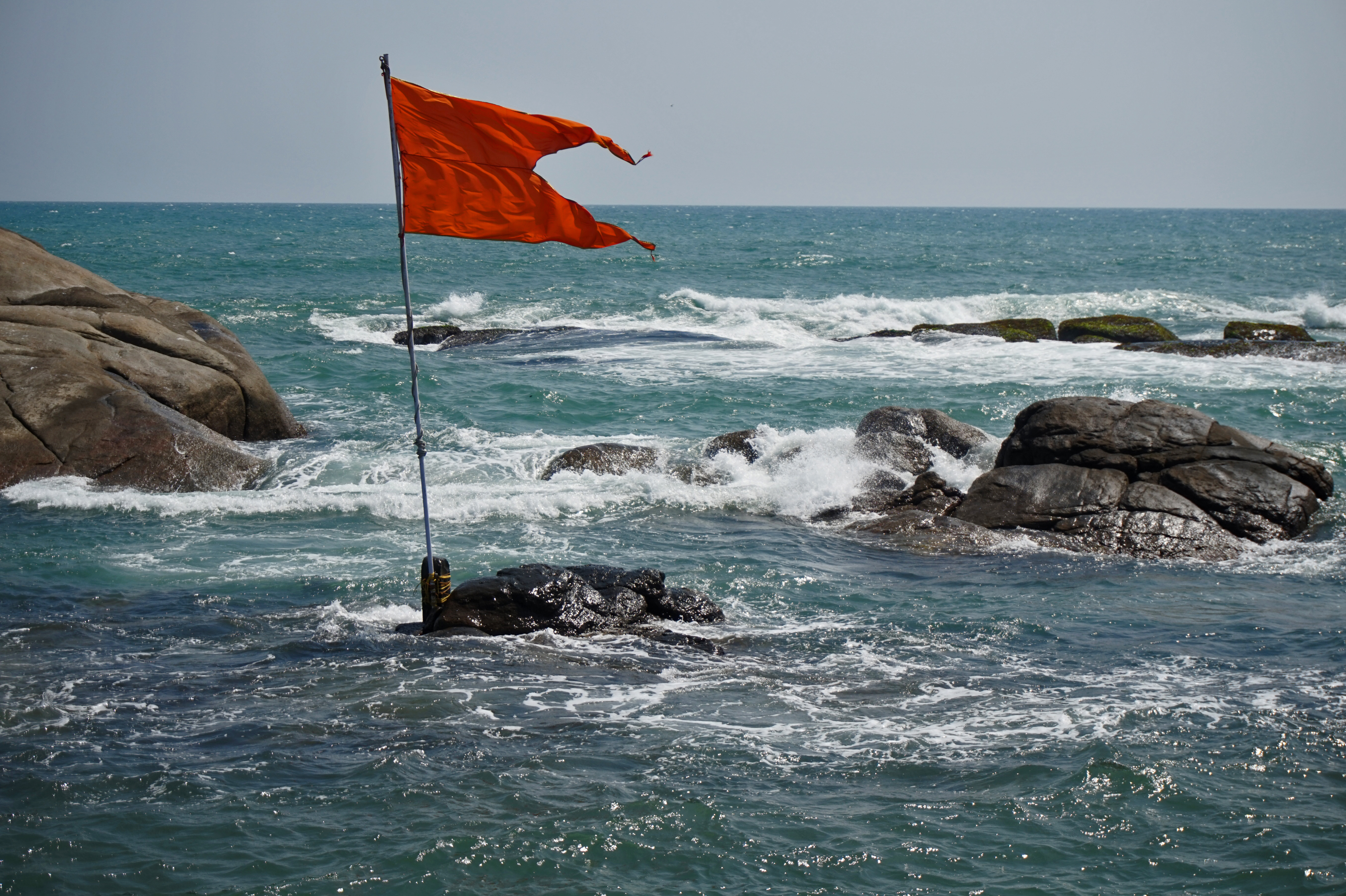 What Do Beach Warning Flags Mean?   USA Today